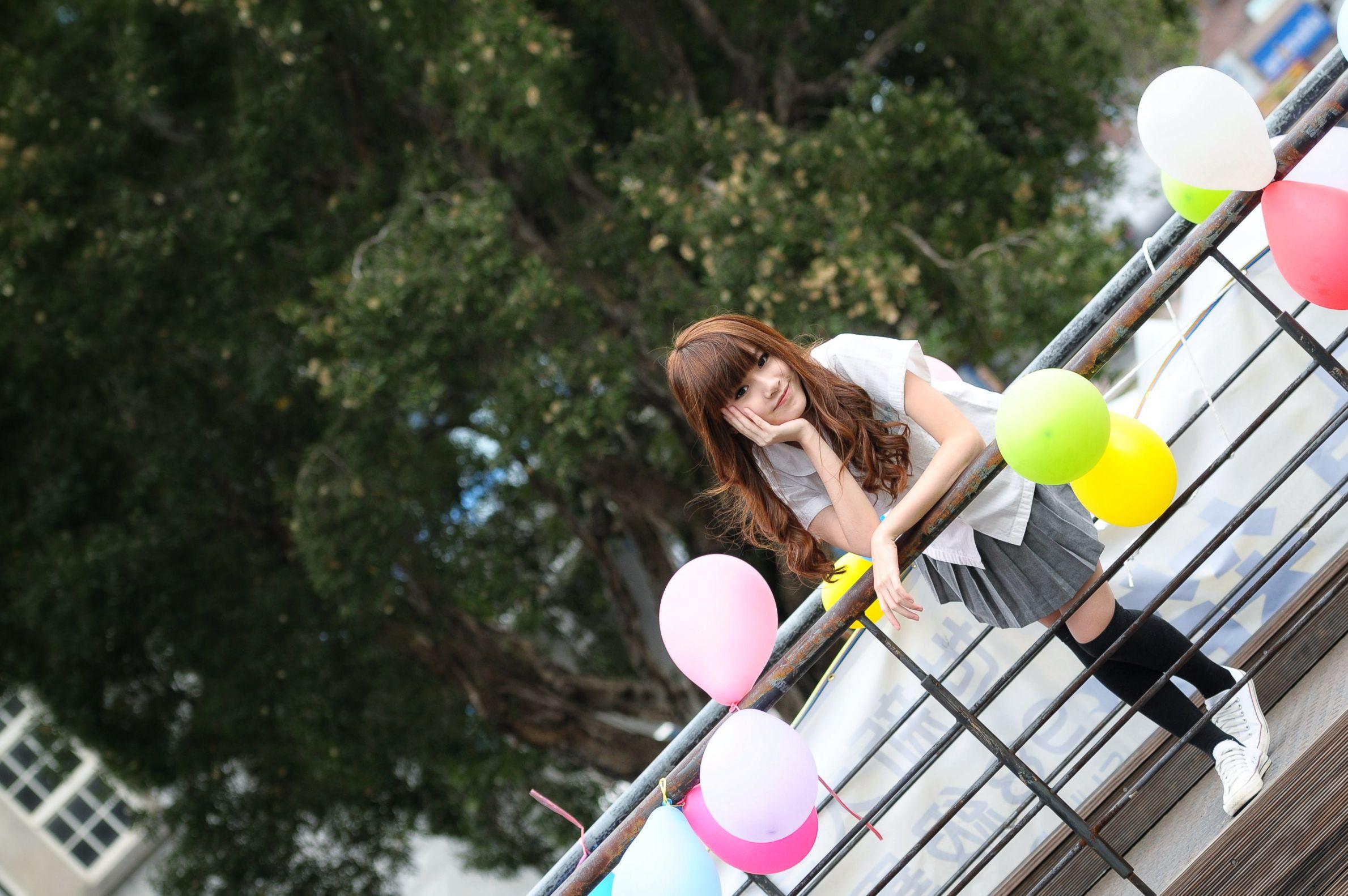 VOL.284 [台湾正妹]长筒袜校服美少女妹子:卢昕妤(艾瑞丝,腿模Aries)高品质写真套图(26P)