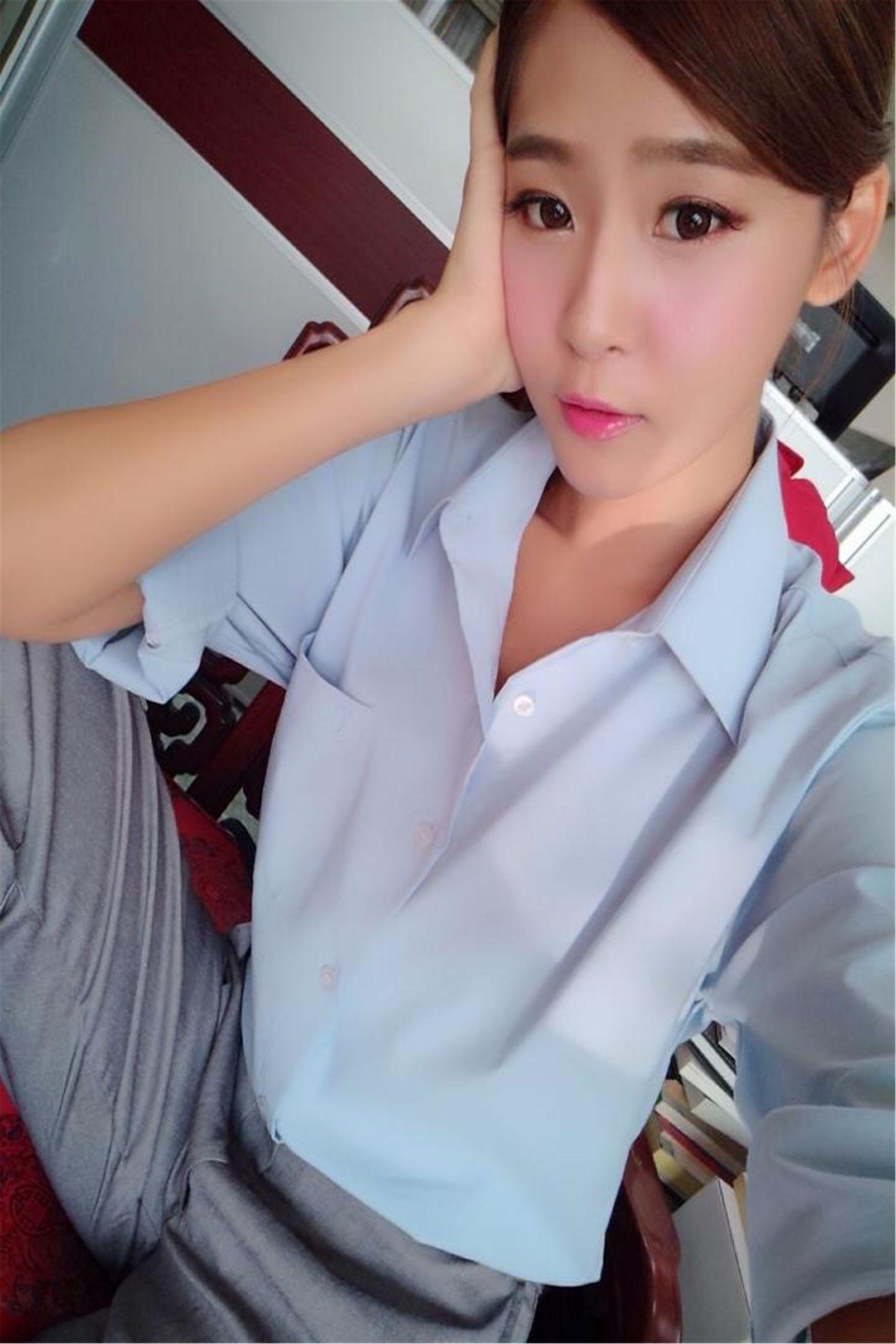 VOL.147 [台湾正妹]清纯正妹:Winnie小雪(庄咏惠,庄温妮,腿模Winnie)高品质写真套图(70P)