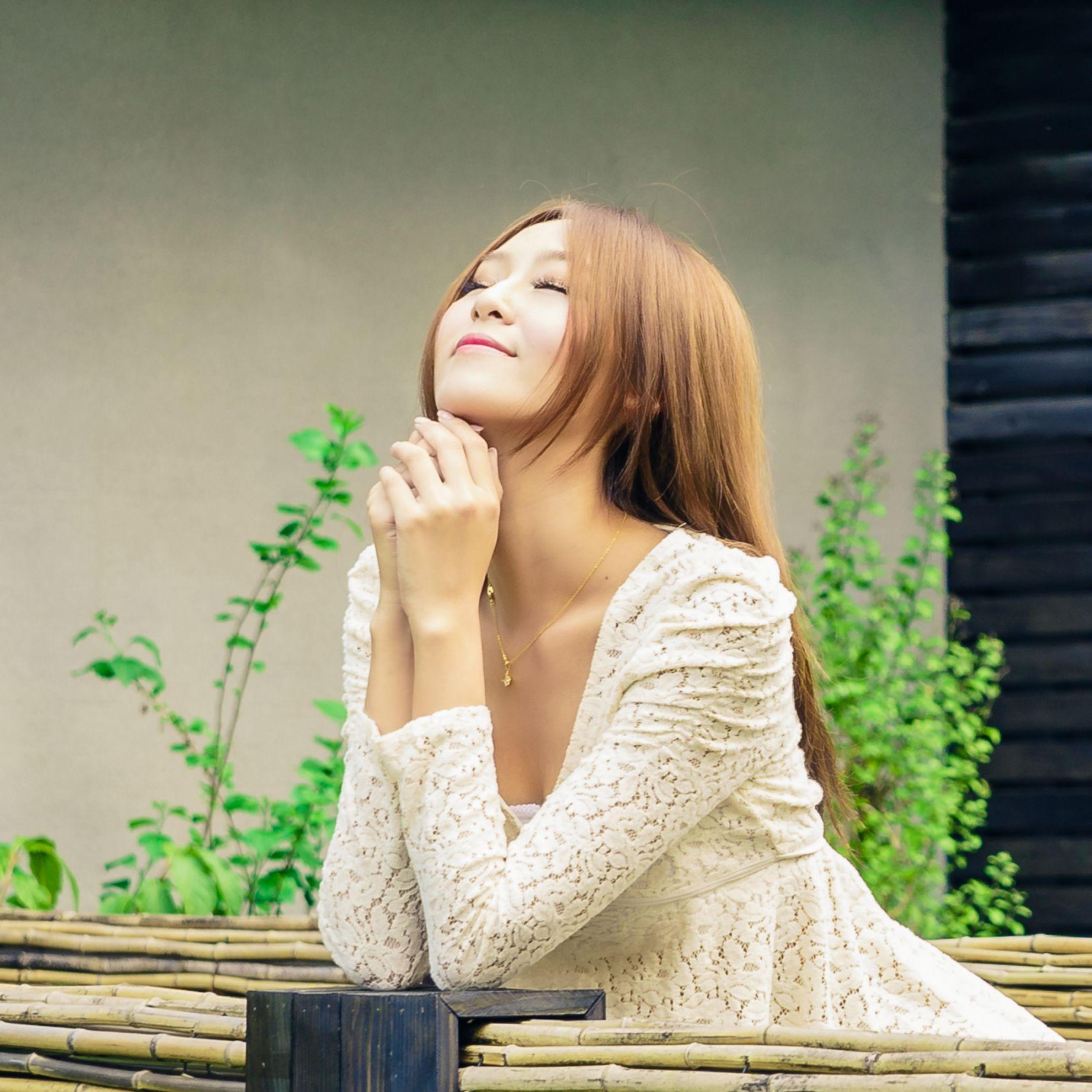 VOL.1386 [台湾正妹]牛仔紧身裤户外美女:Winnie小雪(庄咏惠,庄温妮,腿模Winnie)高品质写真套图(46P)