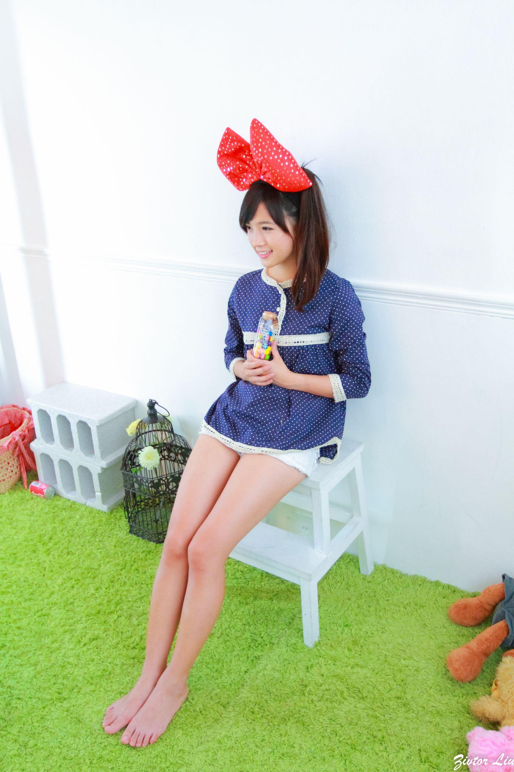 VOL.847 [网络美女]可爱萝莉控美少女:虞成敬(小敬)高品质写真套图(55P)