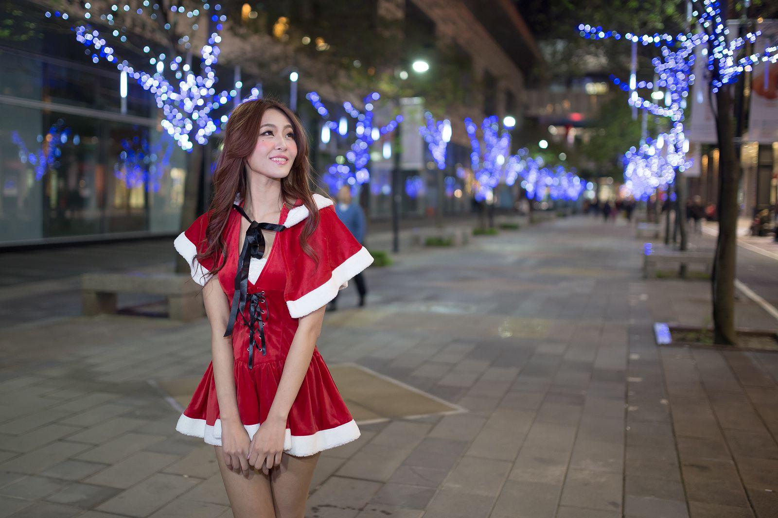 VOL.297 [台湾正妹]圣诞街拍:Winnie小雪(庄咏惠,庄温妮,腿模Winnie)高品质写真套图(84P)