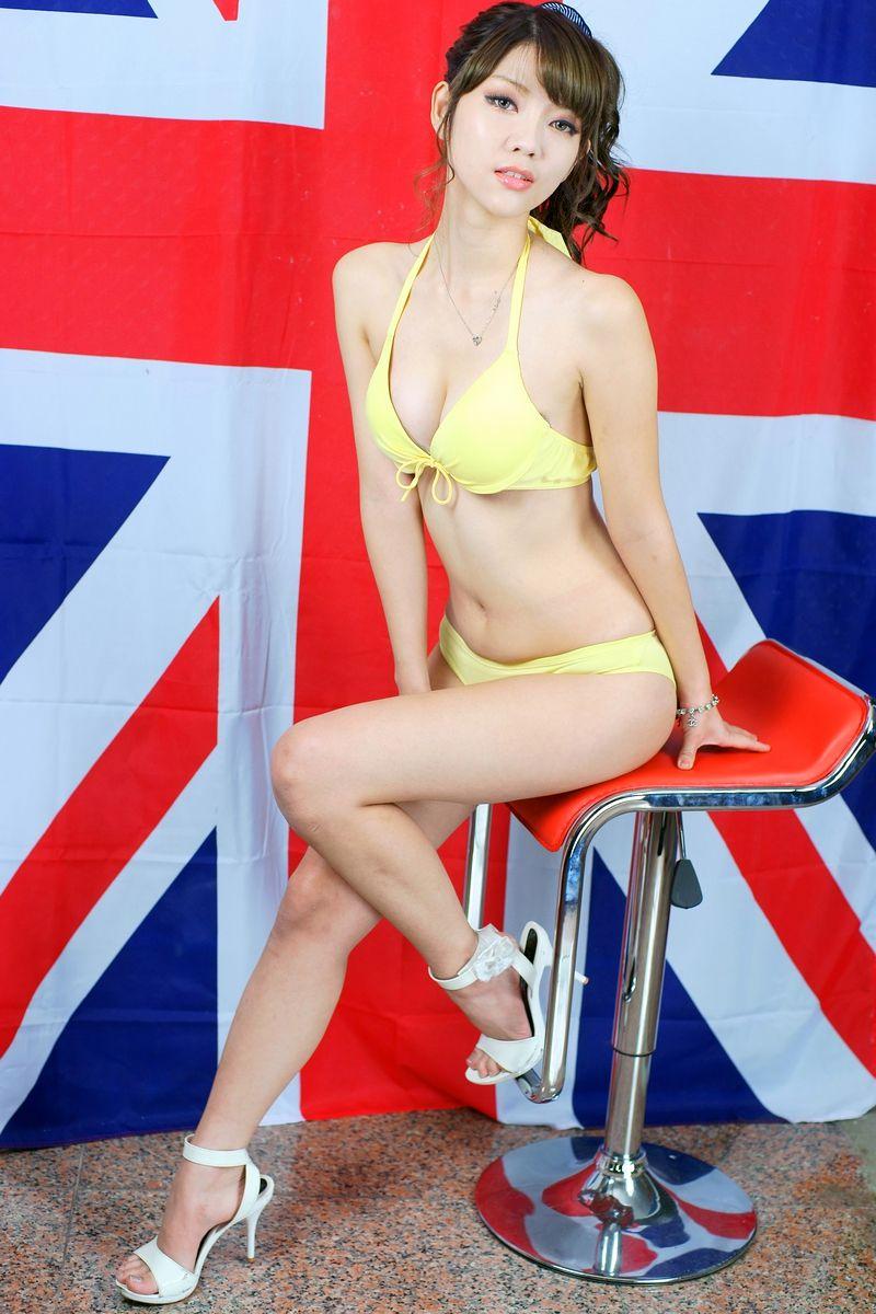 VOL.1032 [台湾正妹]嫩模网红D罩杯美女:赵妍欢(Angelina)高品质写真套图(157P)