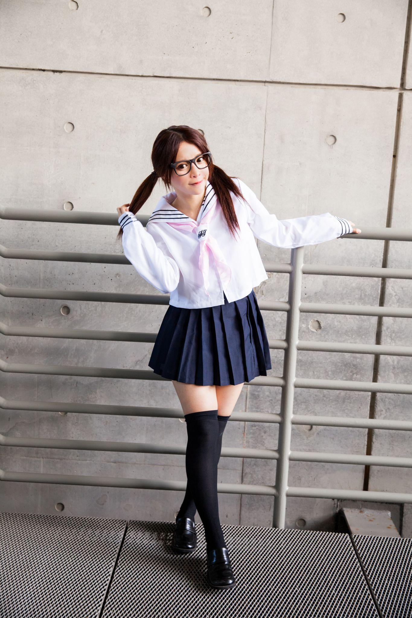 VOL.1191 [台湾正妹]校服可爱萝莉控美少女乙女明星:张齐郡(Julie)高品质写真套图(92P)