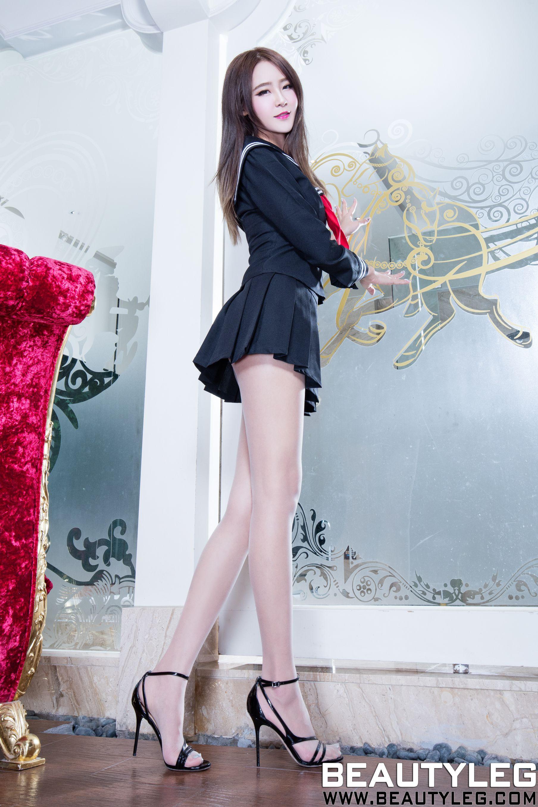 VOL.298 [Beautyleg]校服水手服腿模长腿美女:Winnie小雪(庄咏惠,庄温妮,腿模Winnie)高品质写真套图(42P)