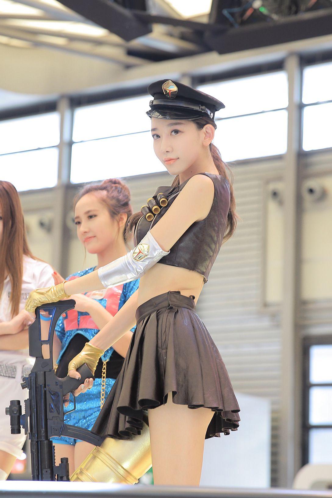 VOL.656 [网络美女]清纯妹子:陈潇(小林志玲)高品质写真套图(100P)