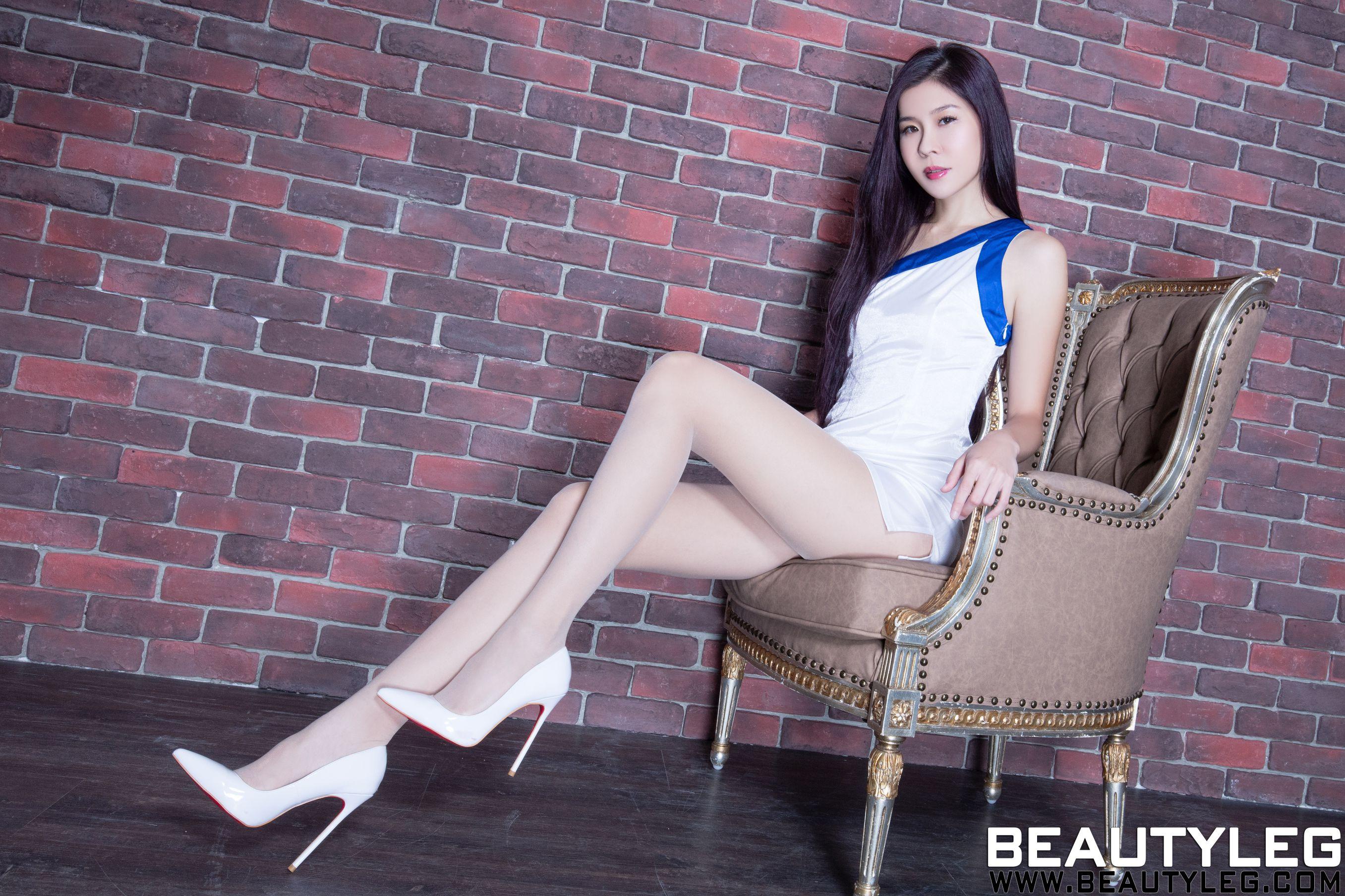 VOL.1595 [Beautyleg]制服丝袜美腿长腿美女:腿模Sarah高品质写真套图(41P)
