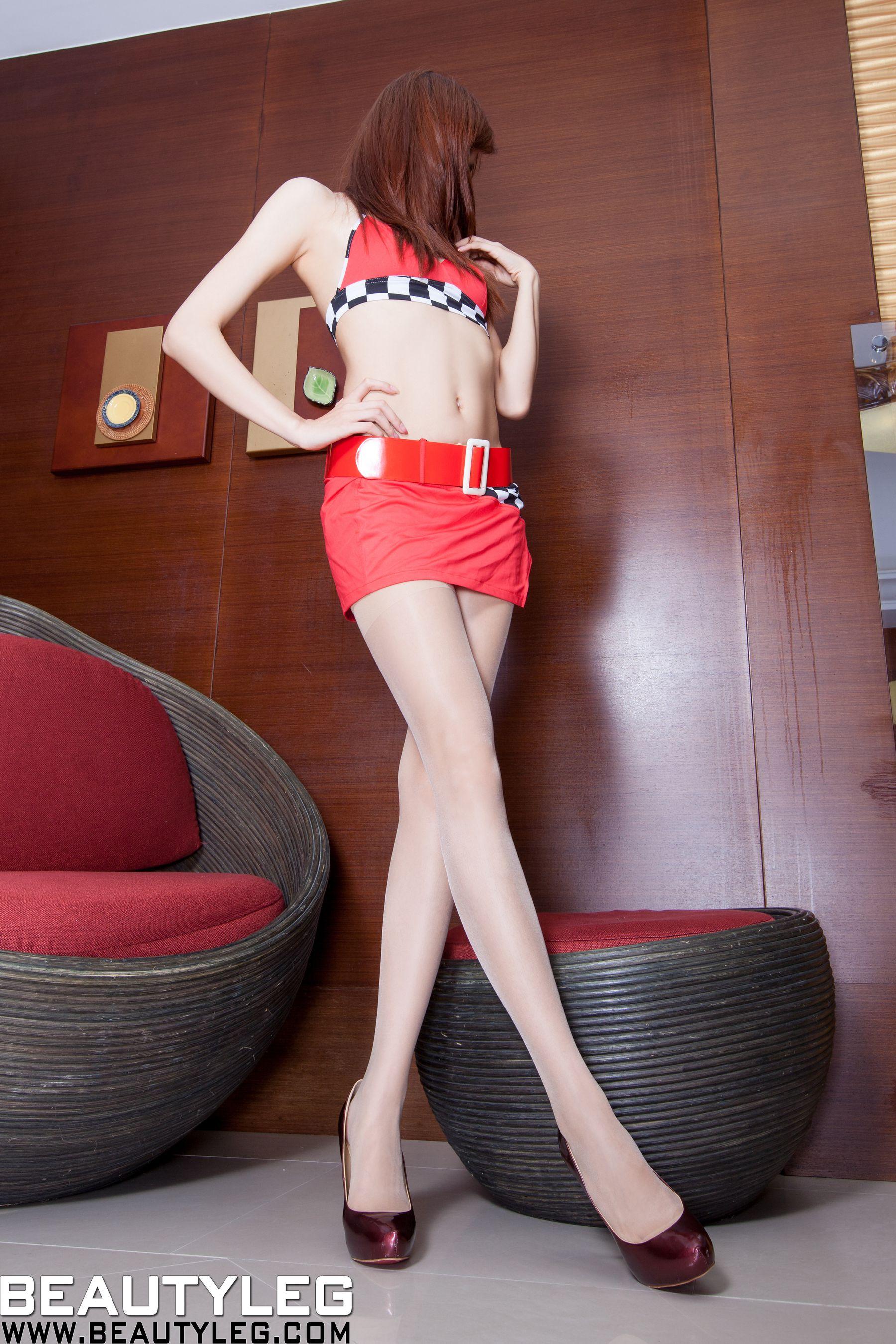 VOL.576 [Beautyleg]制服丁字裤高跟美腿:腿模Minna高品质写真套图(85P)