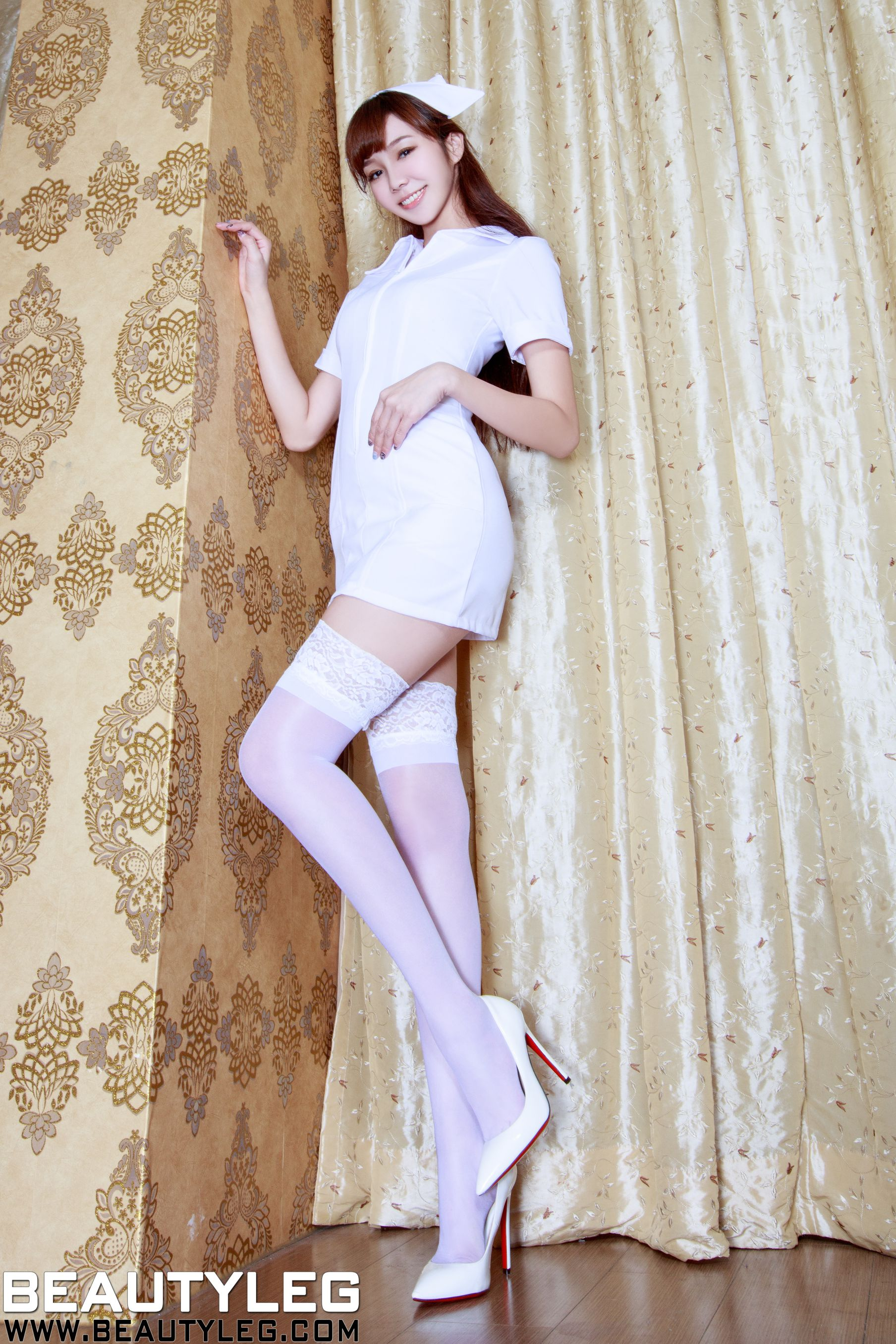 VOL.1604 [Beautyleg]高跟美腿:陈蕴予(腿模Tammy,小予儿)高品质写真套图(53P)