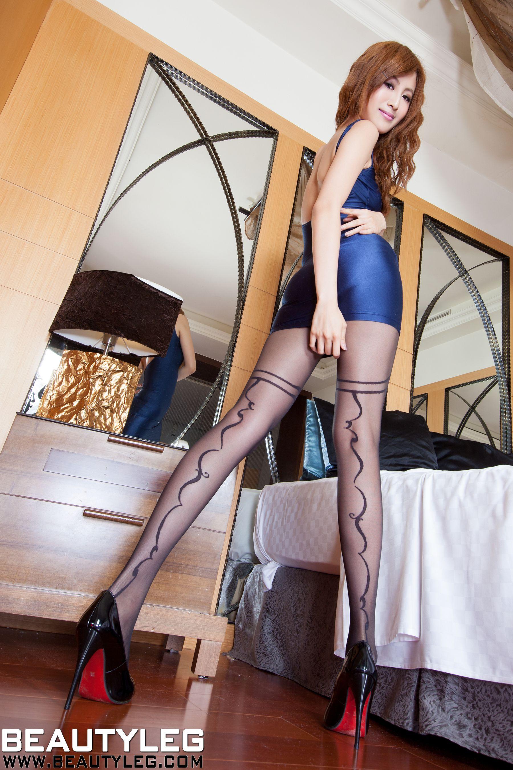 VOL.1372 [Beautyleg]美腿:简晓育(腿模Vicni,晓育儿)高品质写真套图(49P)