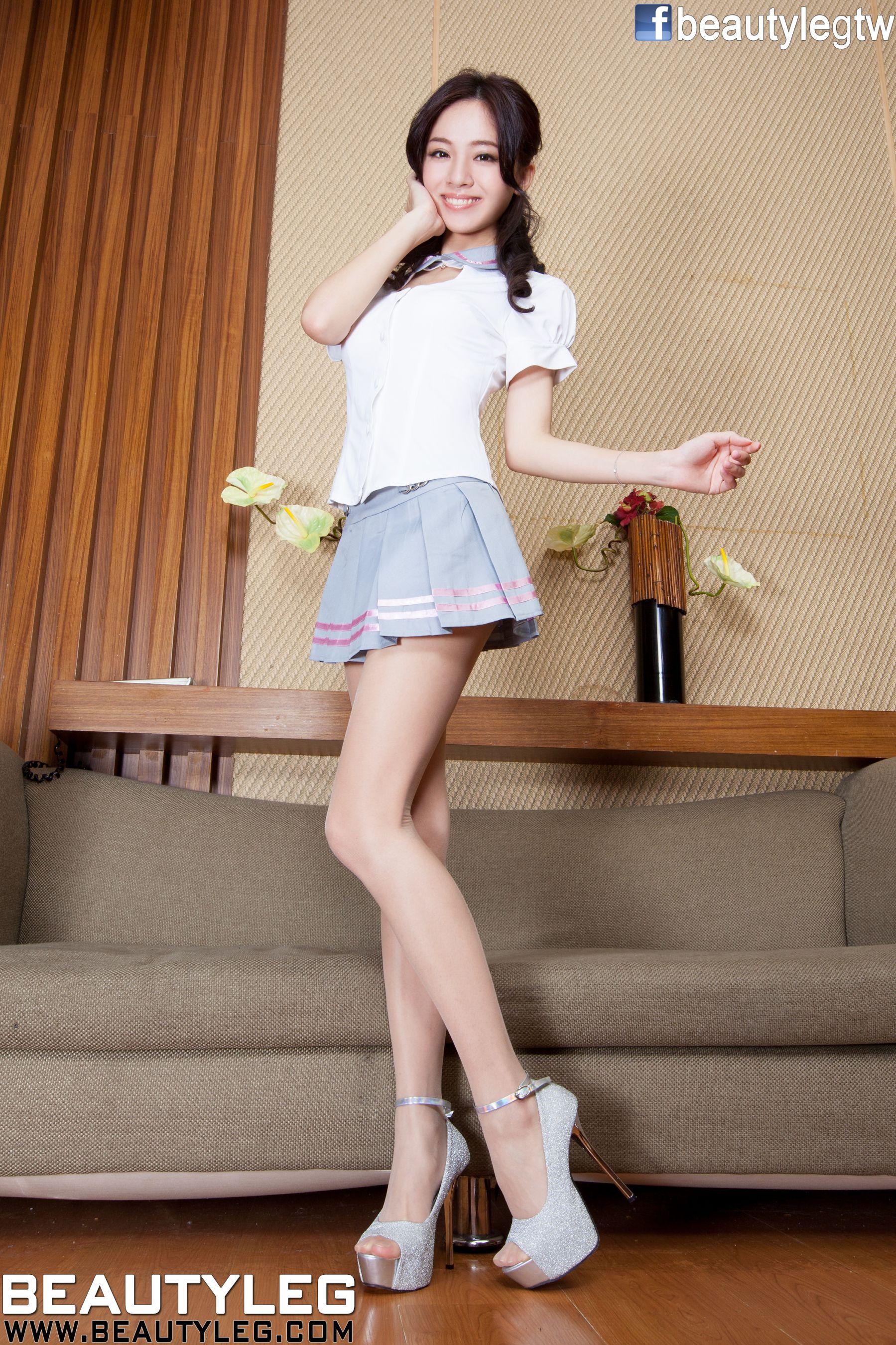 VOL.543 [Beautyleg]美腿学生装:林千如(腿模Anita)高品质写真套图(54P)