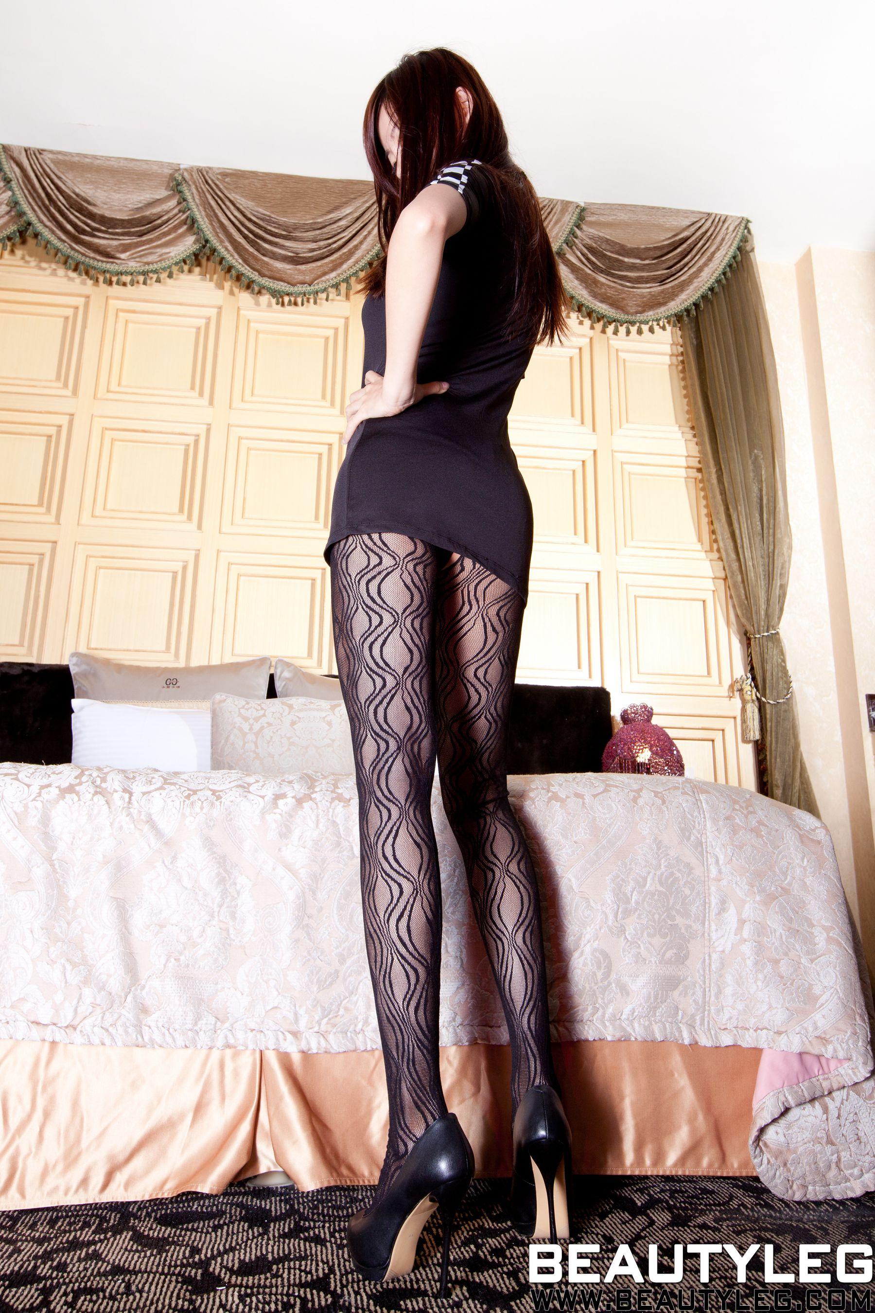 VOL.1041 [Beautyleg]丝袜美腿情趣丝袜:腿模Sabrina高品质写真套图(63P)