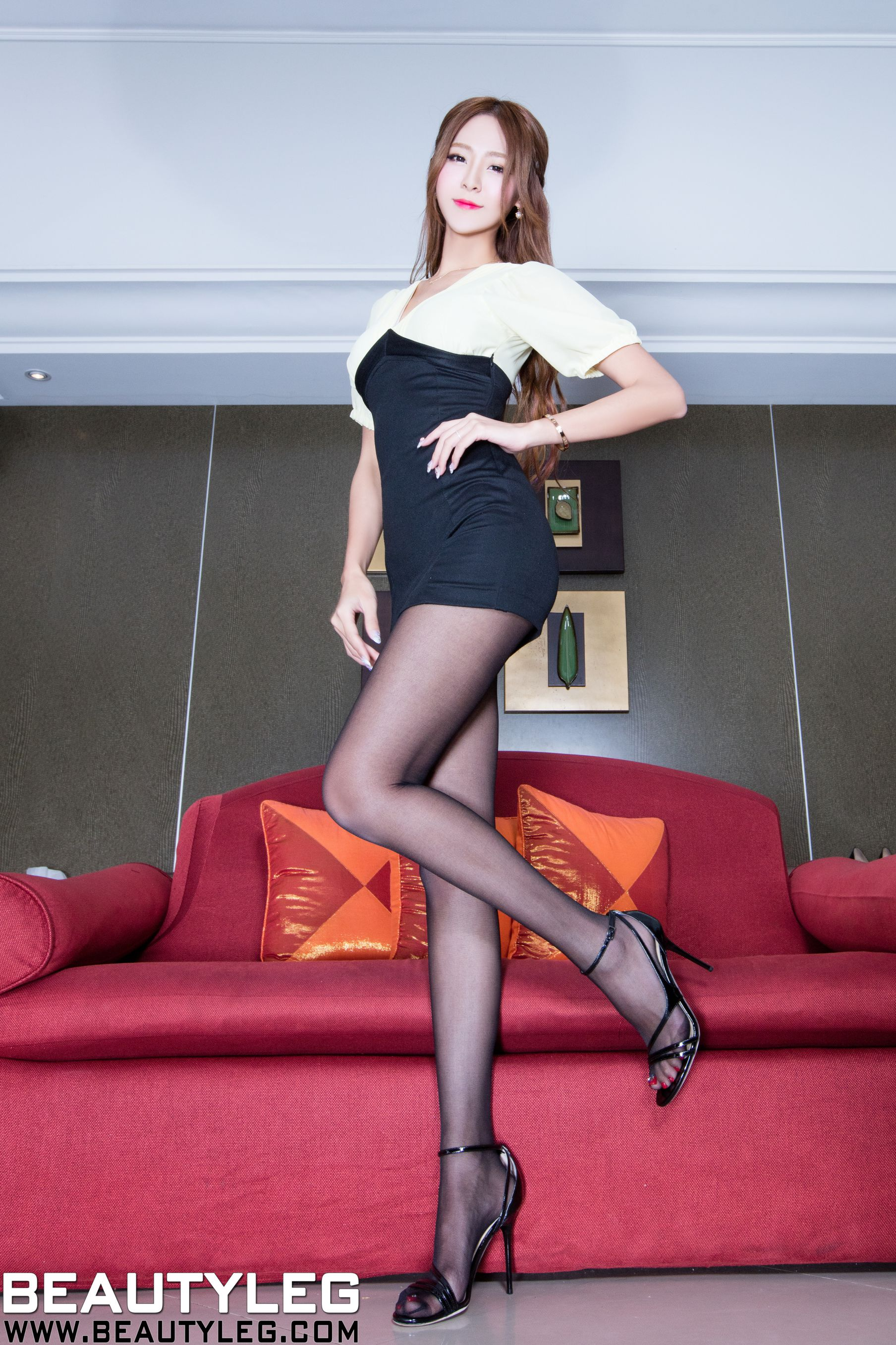 VOL.1909 [Beautyleg]长腿美女:Winnie小雪(庄咏惠,庄温妮,腿模Winnie)高品质写真套图(46P)