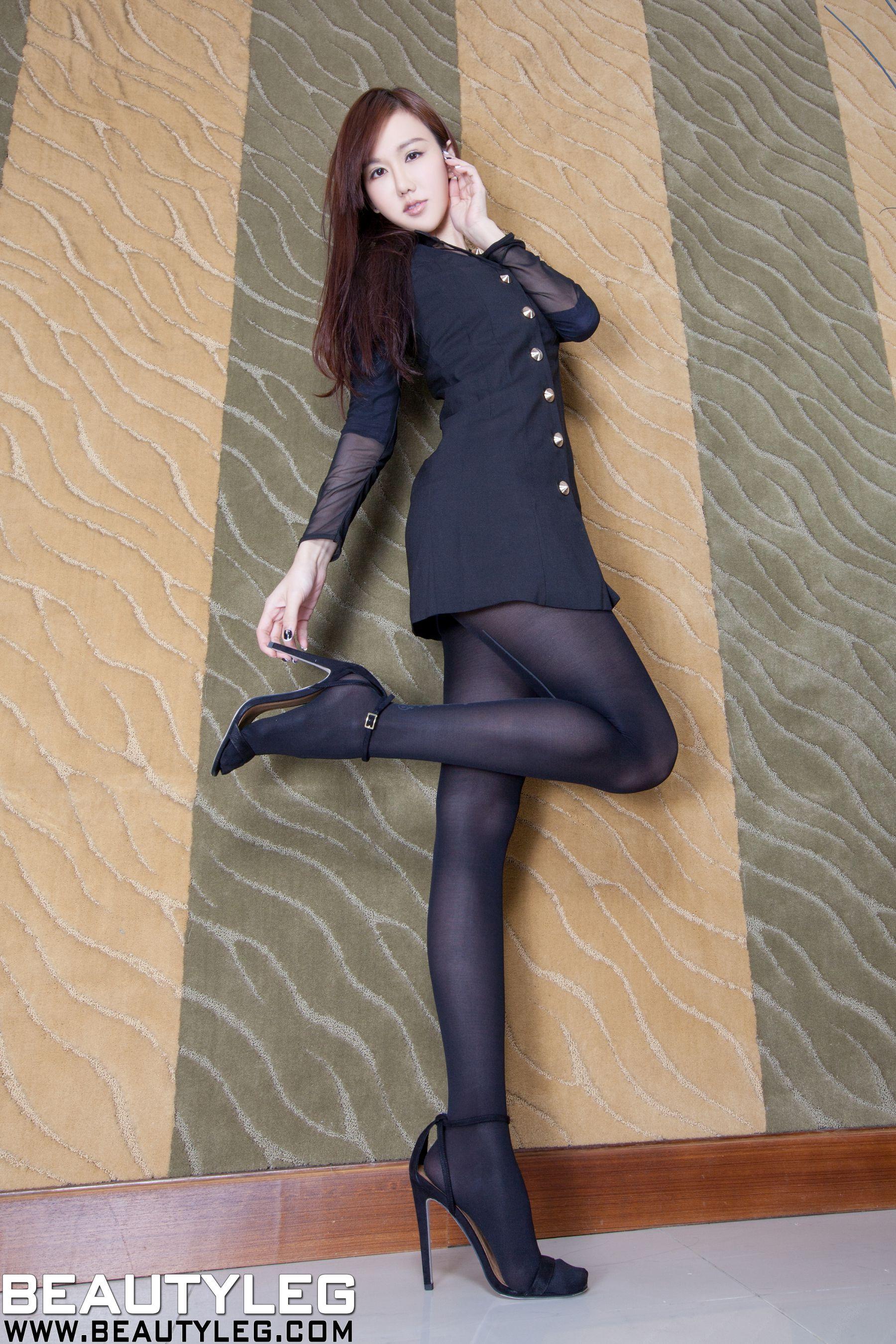 VOL.935 [Beautyleg]美腿:林瑞瑜(Beautyleg Sara,腿模Sara)高品质写真套图(48P)