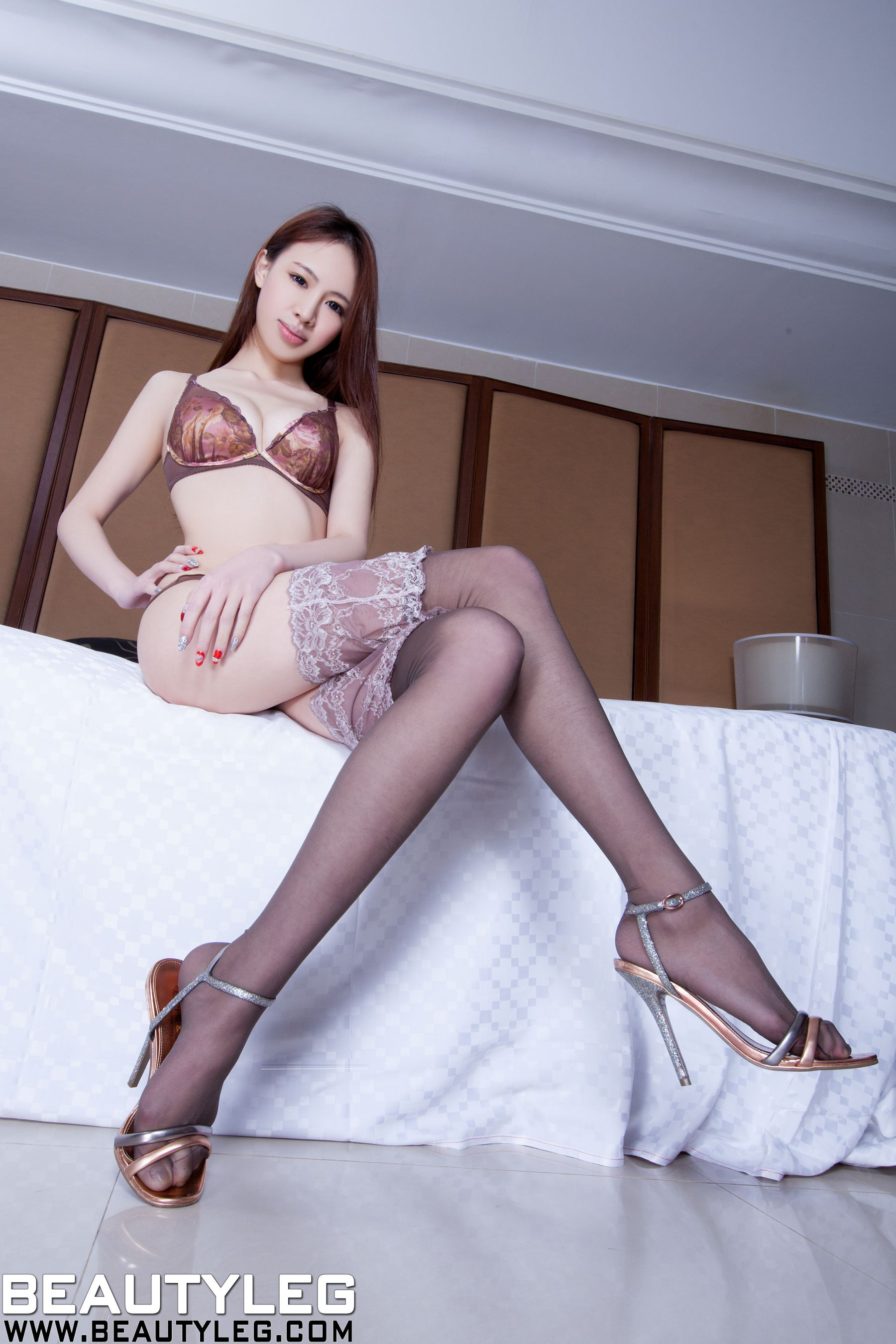 VOL.1117 [Beautyleg]美腿情趣丝袜长腿美女:腿模Cindy(Cindy)高品质写真套图(55P)
