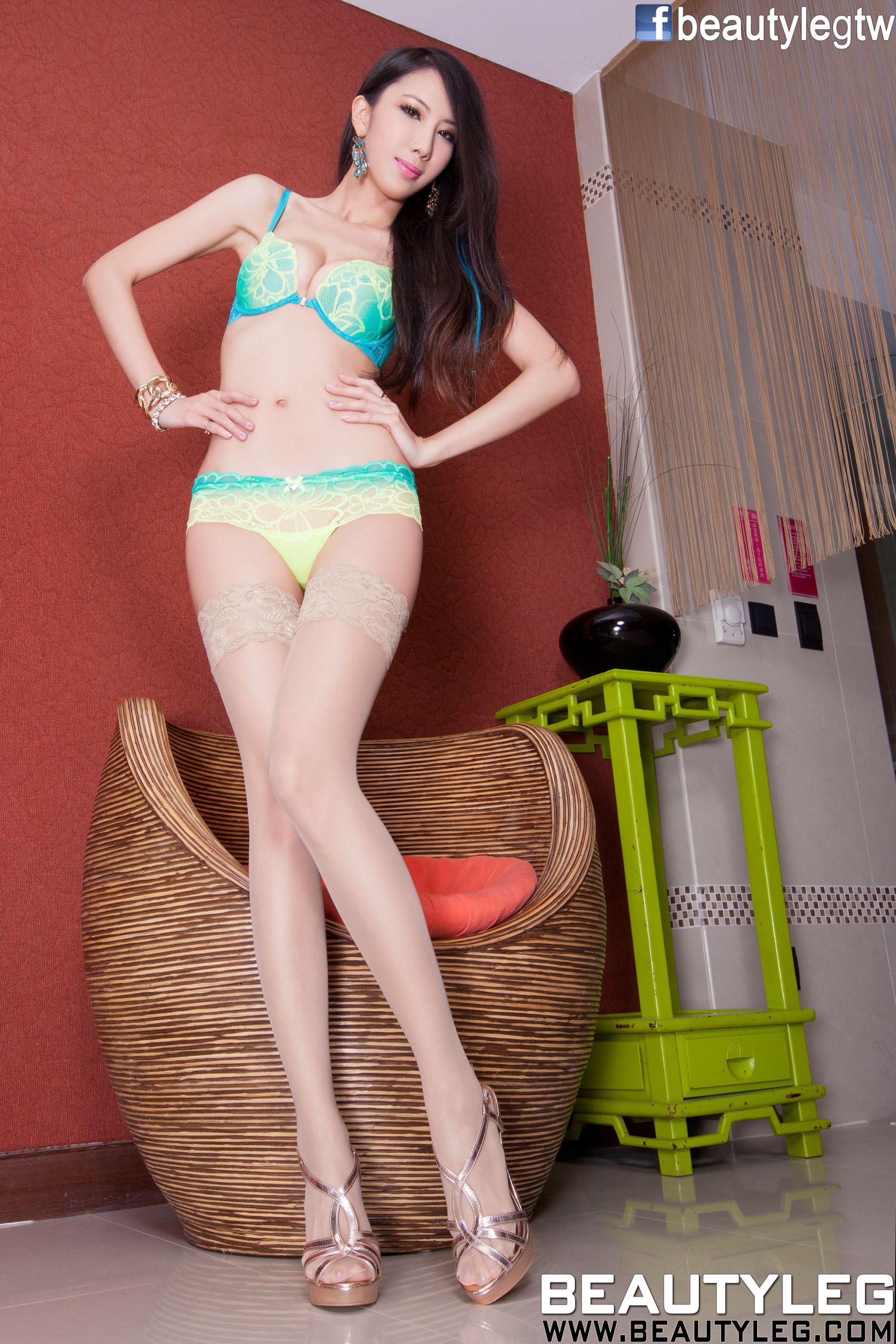 VOL.559 [Beautyleg]紧身裤高跟美腿:童采萱(Beautyleg Yoyo,腿模Yoyo)高品质写真套图(59P)