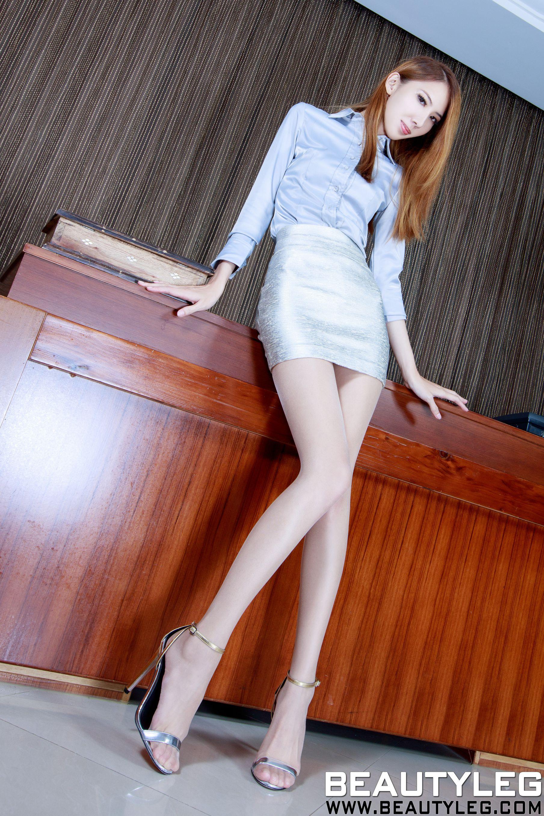 VOL.1679 [Beautyleg]美腿:童采萱(Beautyleg Yoyo,腿模Yoyo)高品质写真套图(44P)