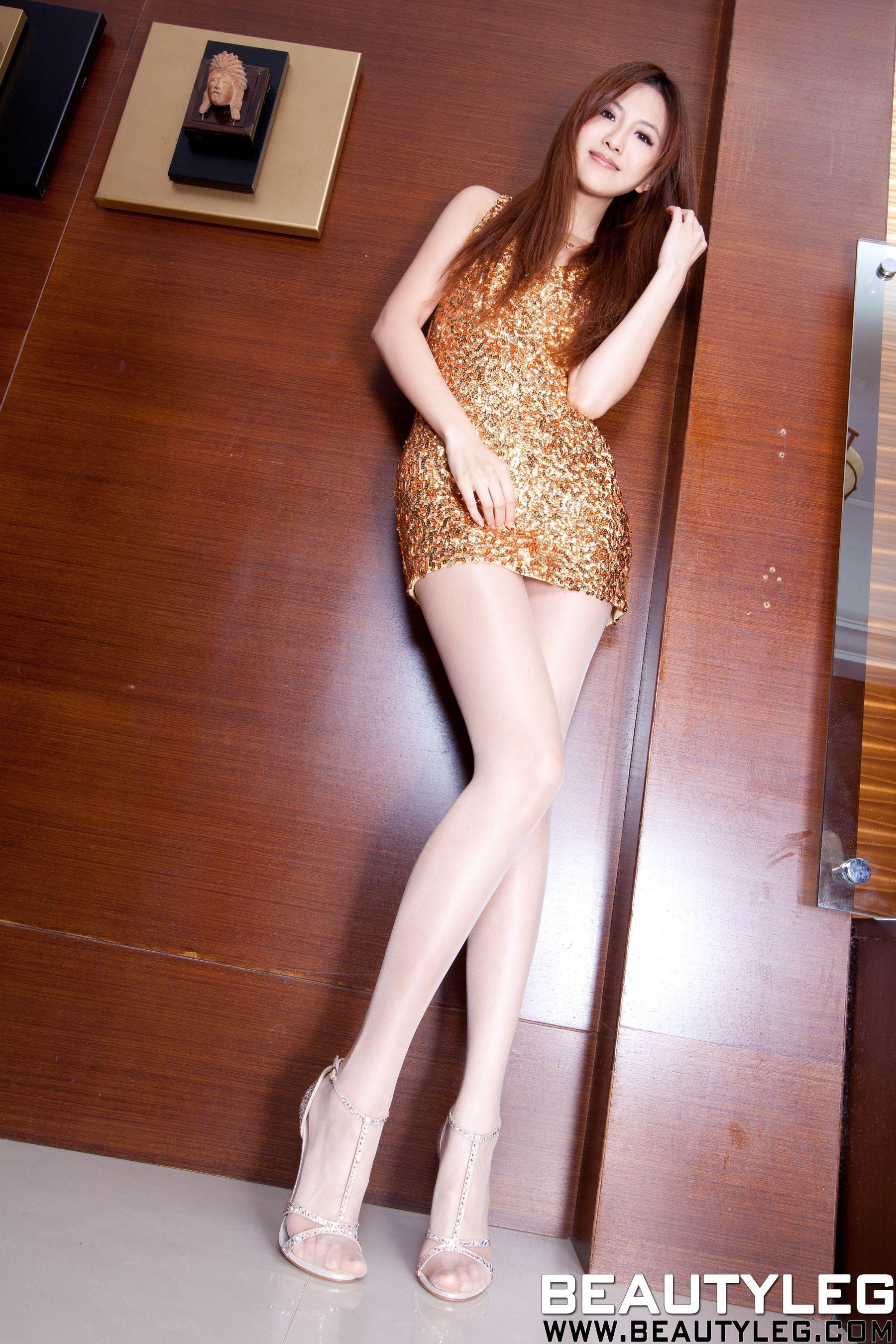 VOL.432 [Beautyleg]美腿高跟凉鞋:简晓育(腿模Vicni,晓育儿)高品质写真套图(59P)