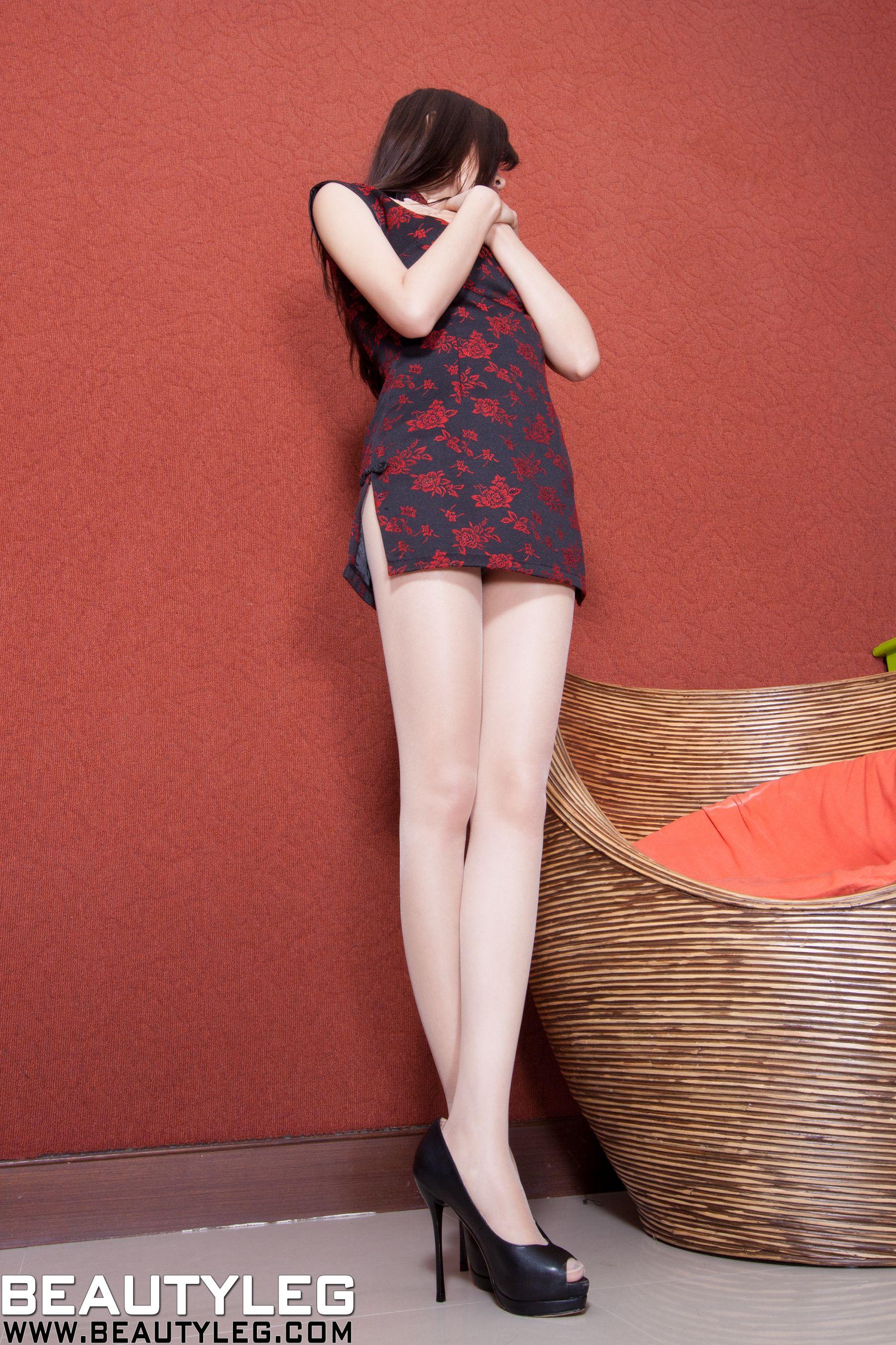 VOL.789 [Beautyleg]美腿旗袍:腿模Sabrina高品质写真套图(58P)