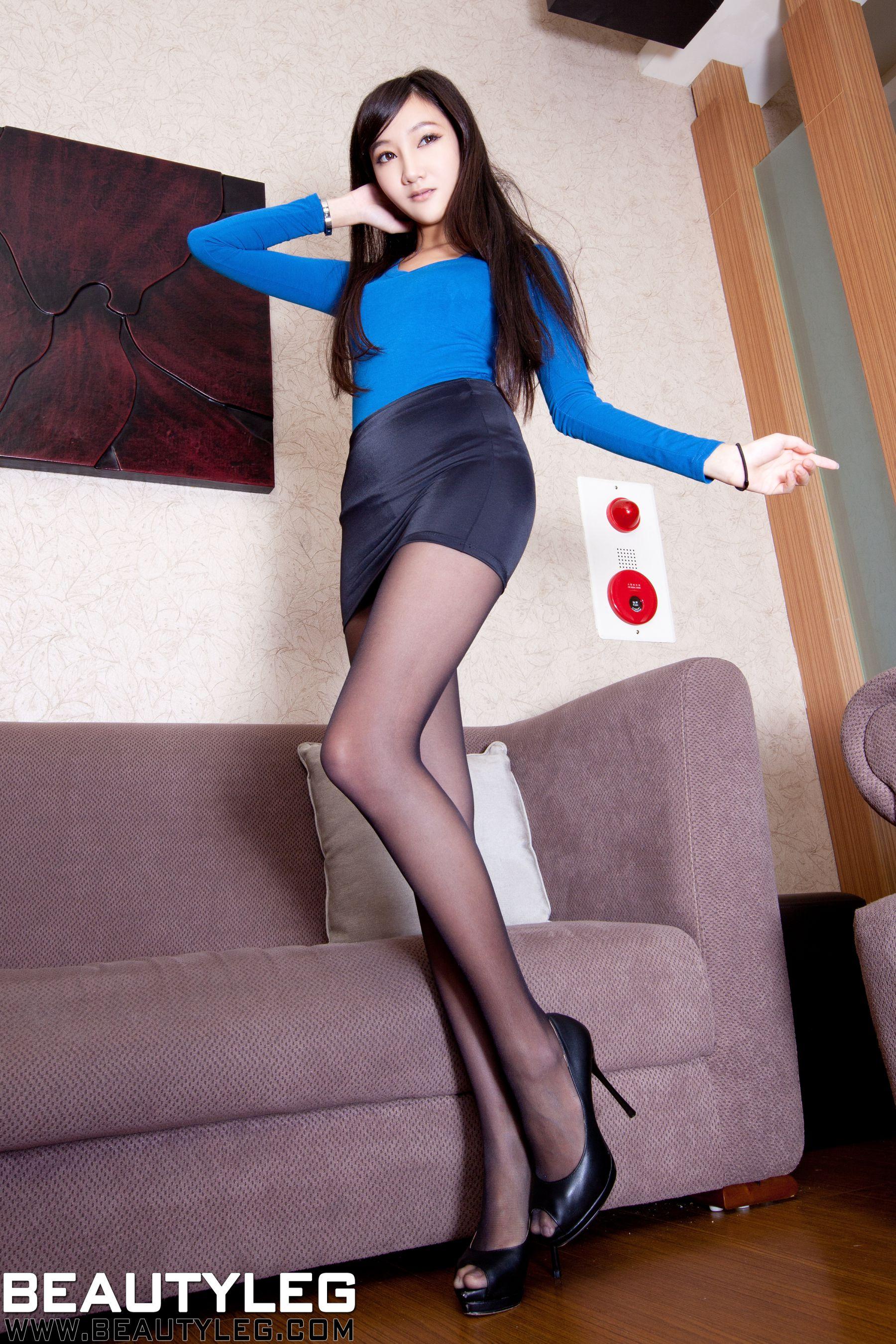 VOL.1777 [Beautyleg]超短裙丝袜美腿黑丝:陈思婷(腿模Tina,李霜)高品质写真套图(49P)