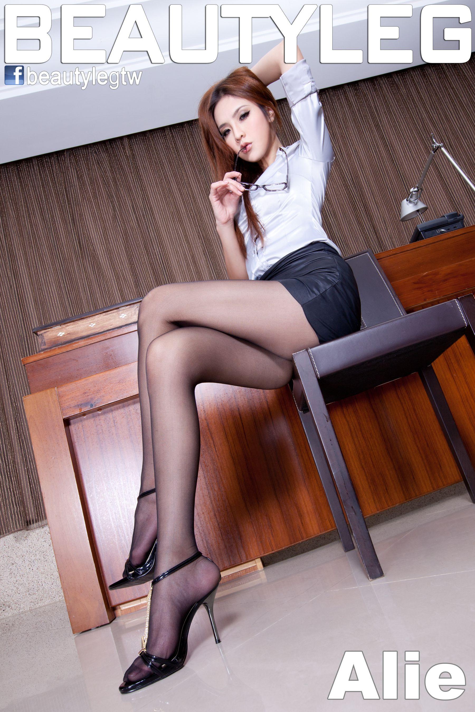VOL.800 [Beautyleg]办公室丝袜美腿黑丝:腿模Alie高品质写真套图(65P)