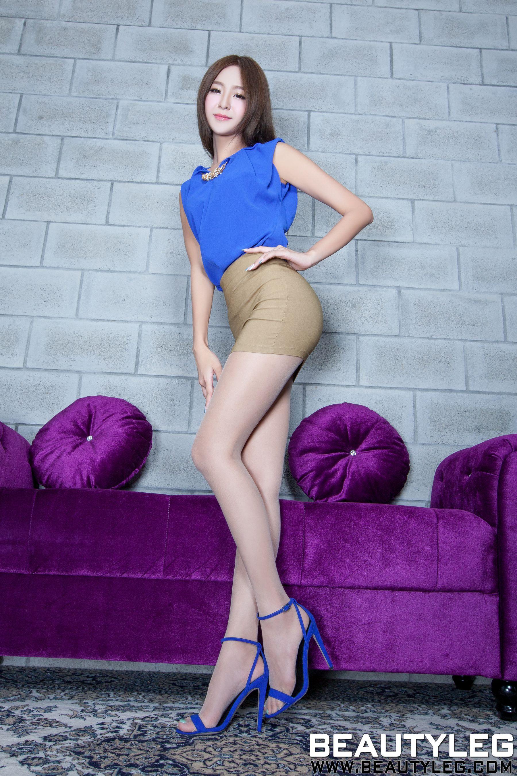 VOL.969 [Beautyleg]包臀裙美女高跟美腿:Winnie小雪(庄咏惠,庄温妮,腿模Winnie)高品质写真套图(57P)