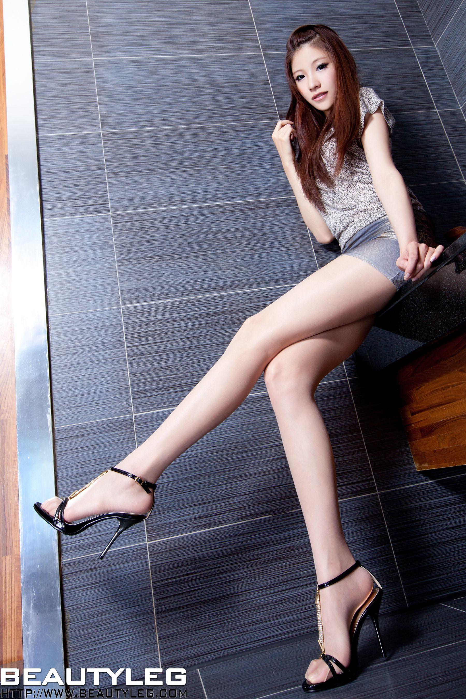 VOL.1089 [Beautyleg]美腿白丝丝袜制服:陈玉雪(腿模Abby)高品质写真套图(51P)
