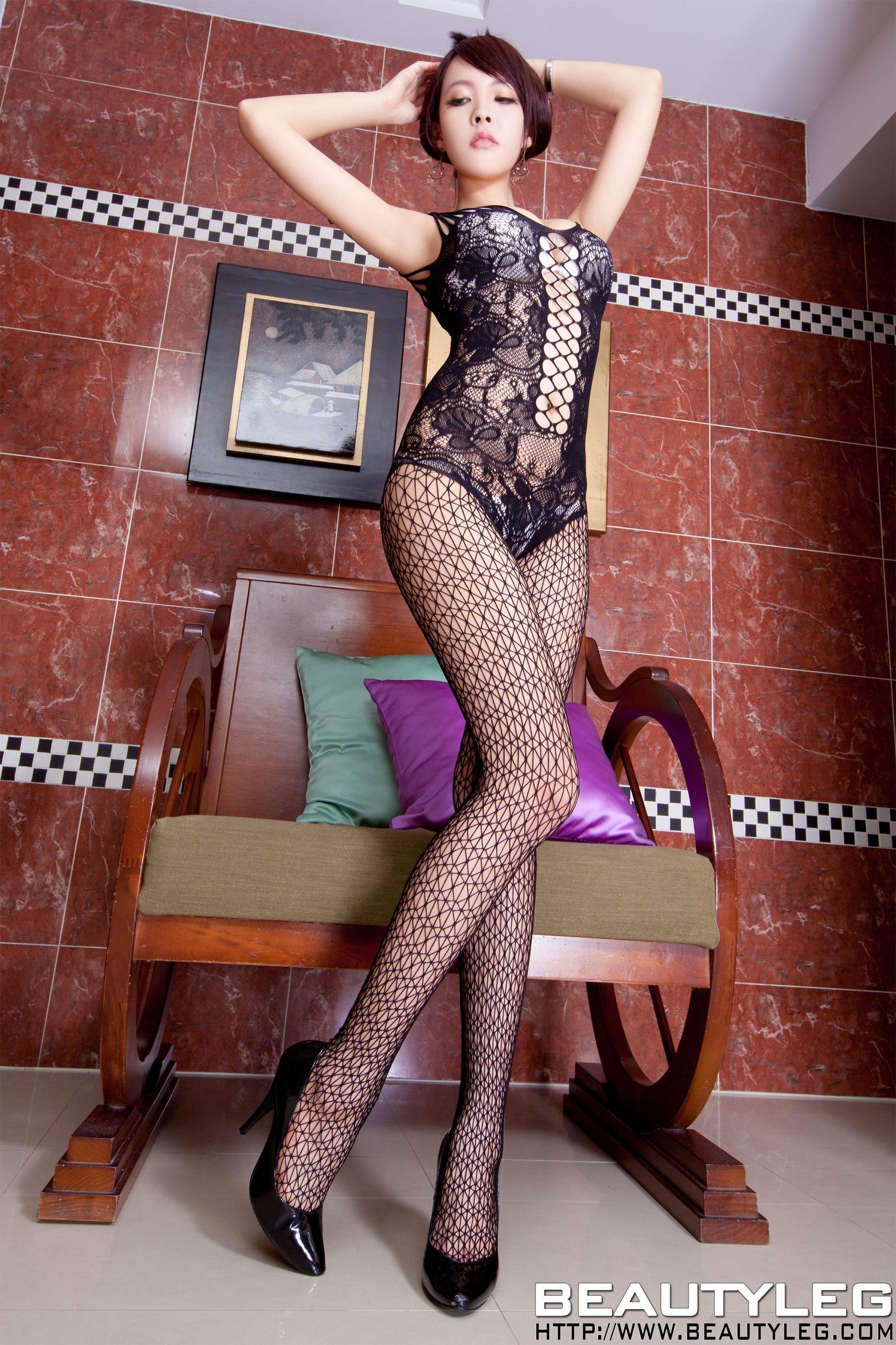 VOL.1993 [Beautyleg]丝袜美腿网袜情趣丝袜网衣:翁雨澄(腿模Aileen)高品质写真套图(47P)