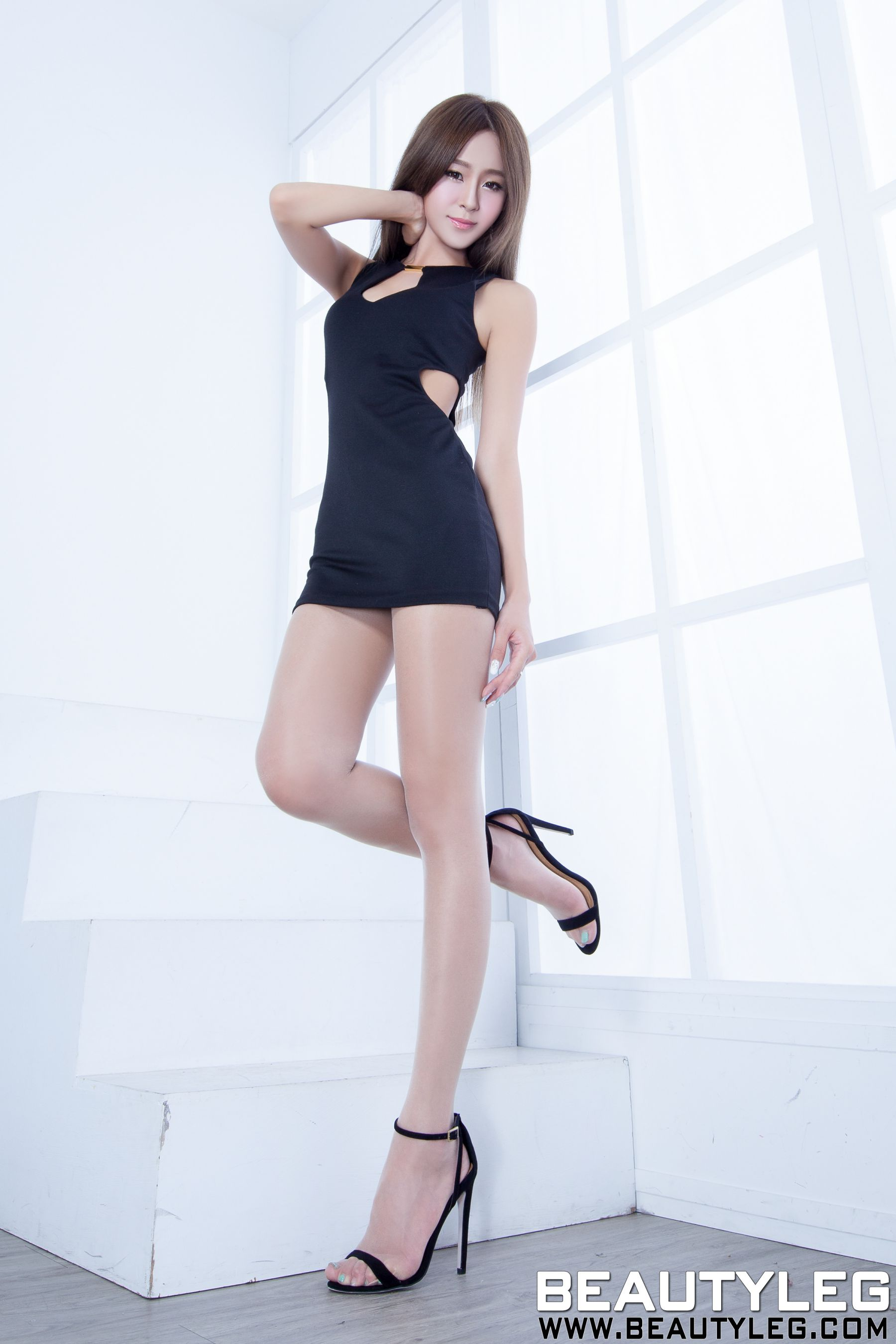 VOL.347 [Beautyleg]美腿:Winnie小雪(庄咏惠,庄温妮,腿模Winnie)高品质写真套图(57P)