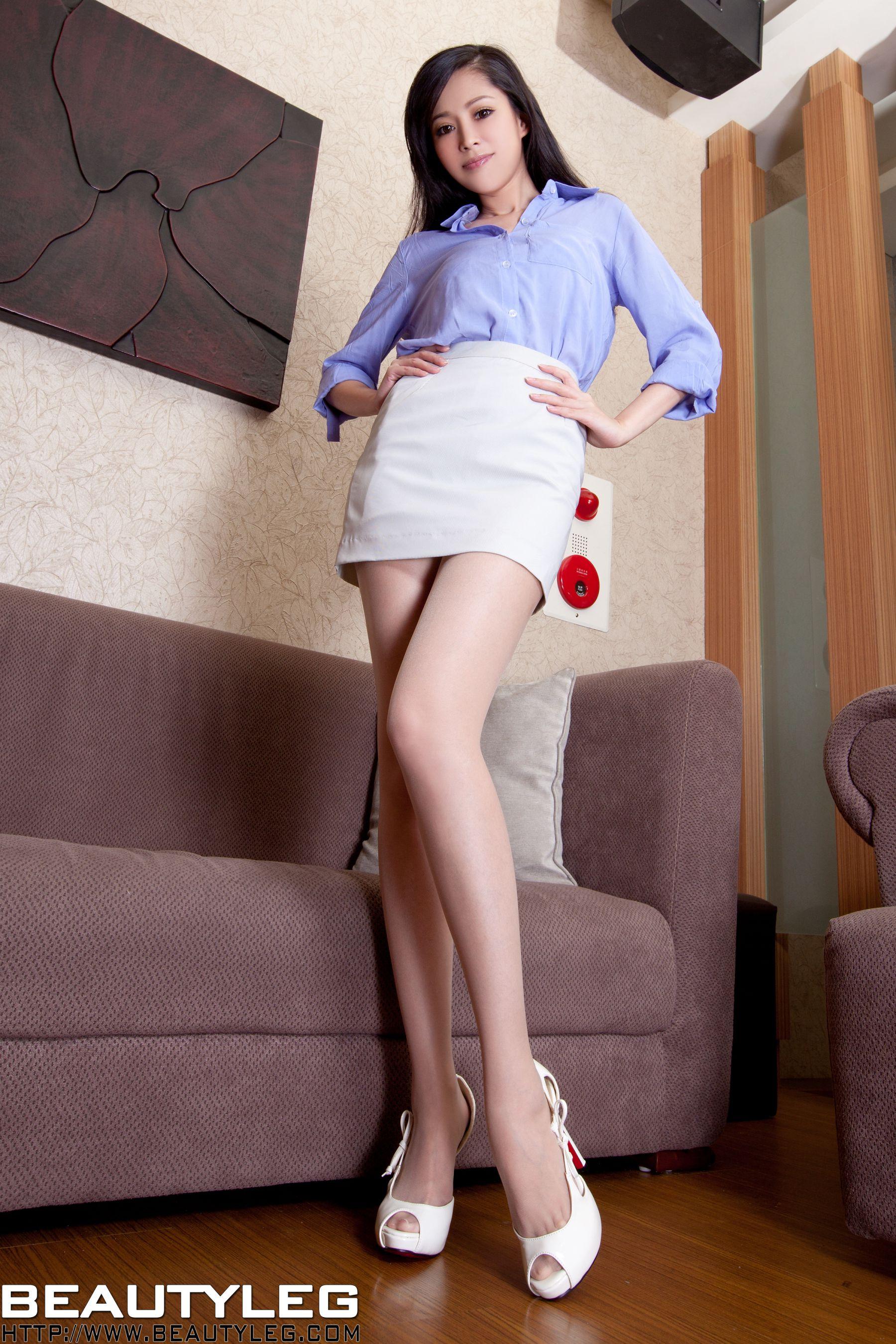 VOL.757 [Beautyleg]美腿:杜可薇(腿模Avy,恬小鱼)高品质写真套图(42P)