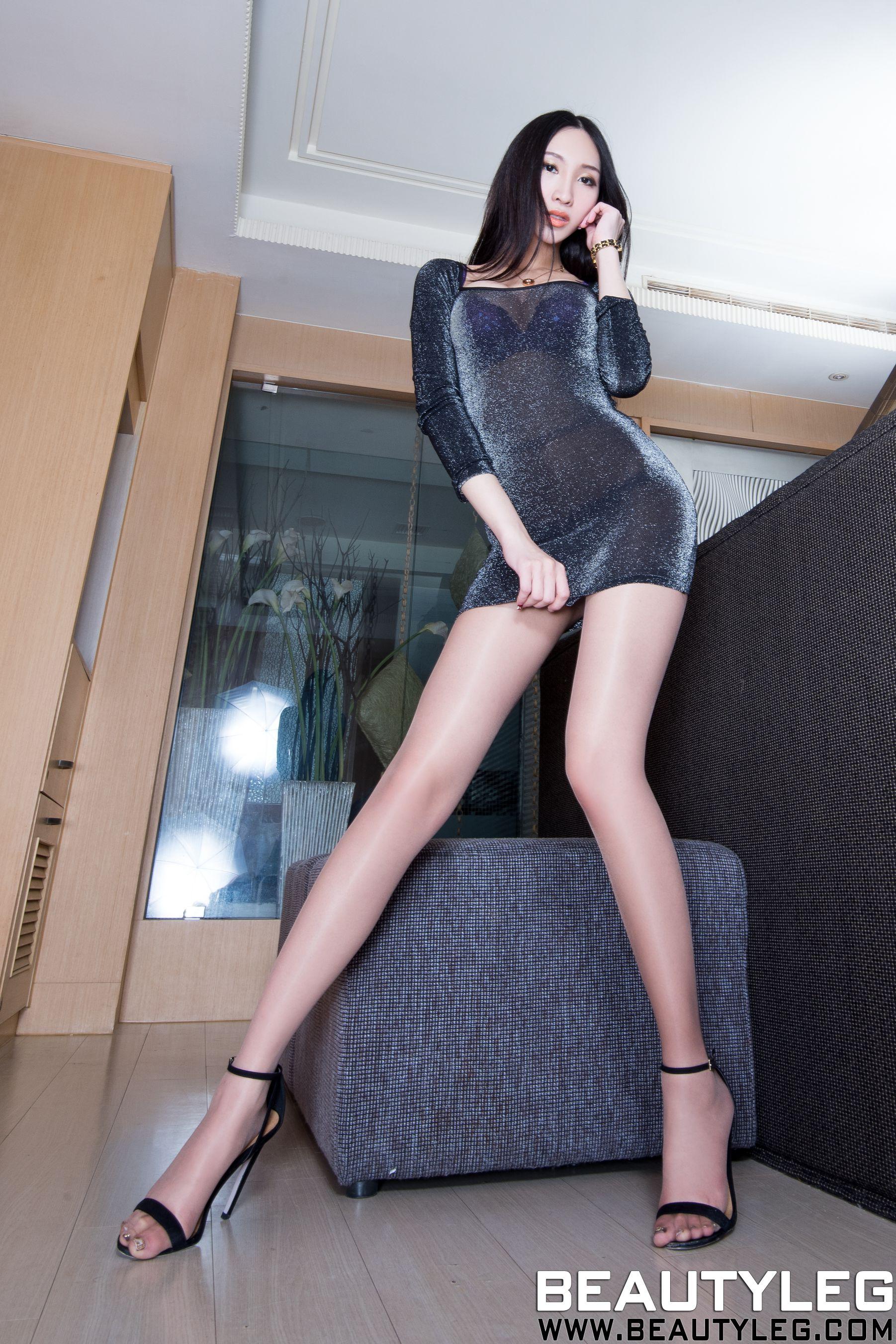 VOL.146 [Beautyleg]美腿情趣丝袜:吴美希(腿模Miki)高品质写真套图(52P)