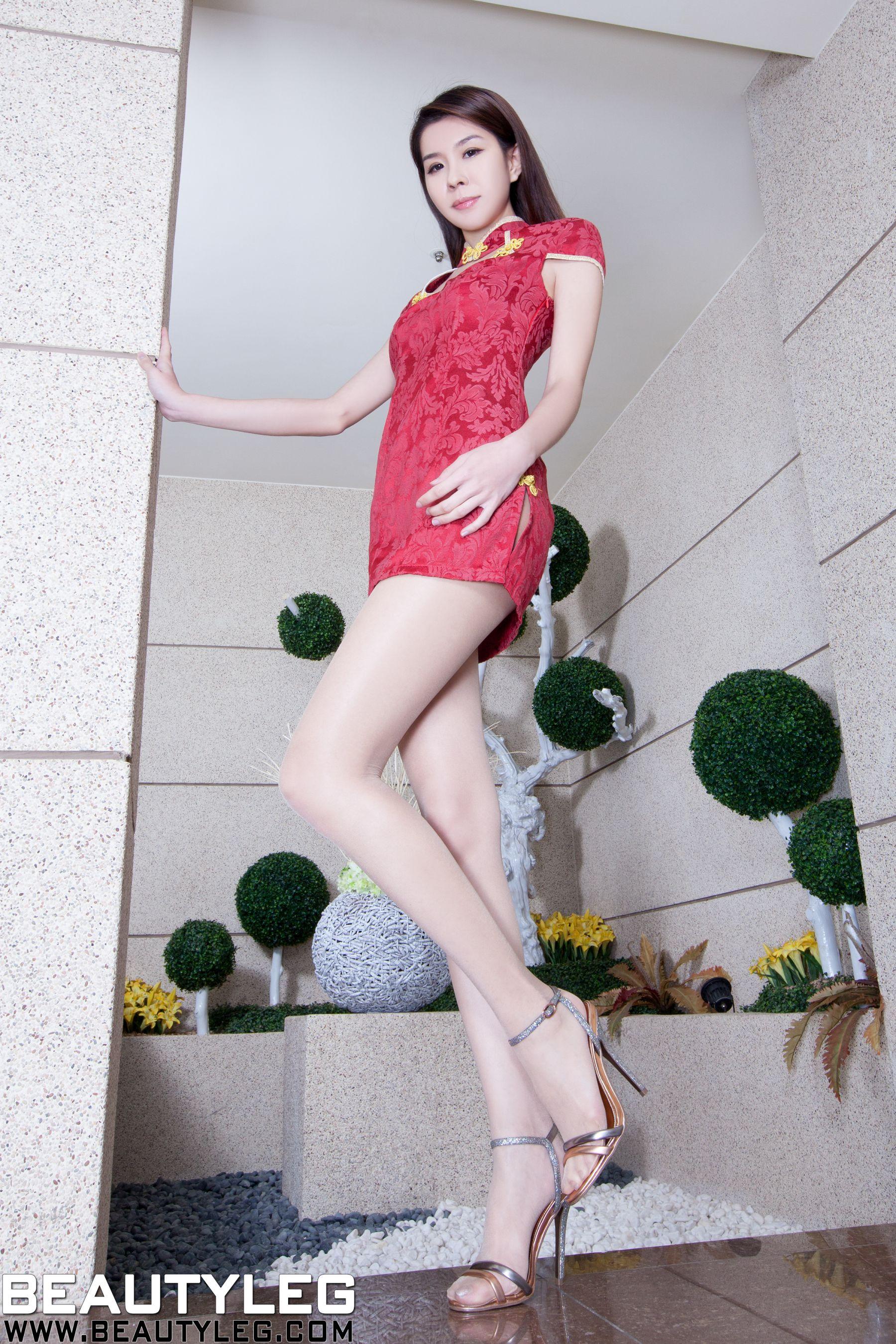 VOL.492 [Beautyleg]美腿包臀裙美女:腿模Sarah高品质写真套图(52P)
