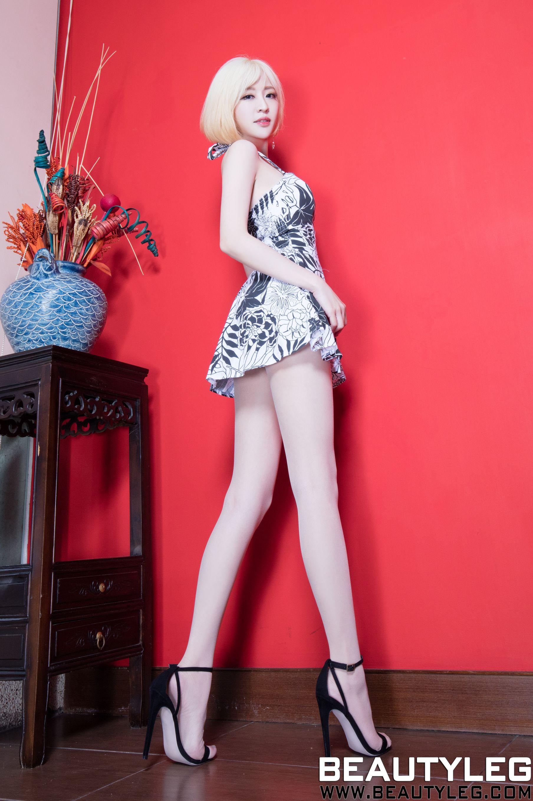 VOL.500 [Beautyleg]腿模高跟美腿:倪千凌(腿模Lucy,陈佳筠)高品质写真套图(49P)
