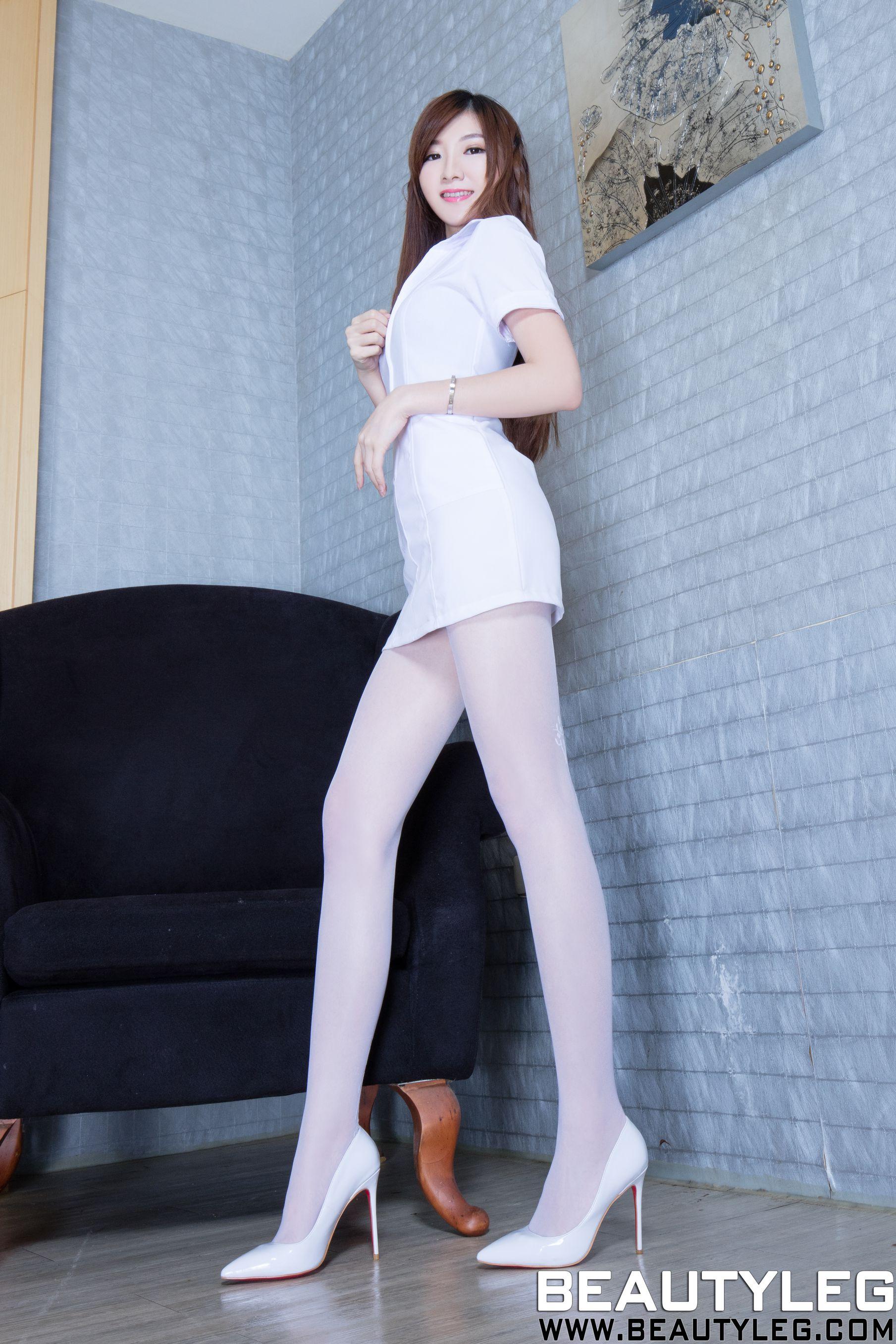 VOL.779 [Beautyleg]制服高跟美腿:谢馥羽(腿模Michelle,Michelle小羽)高品质写真套图(42P)