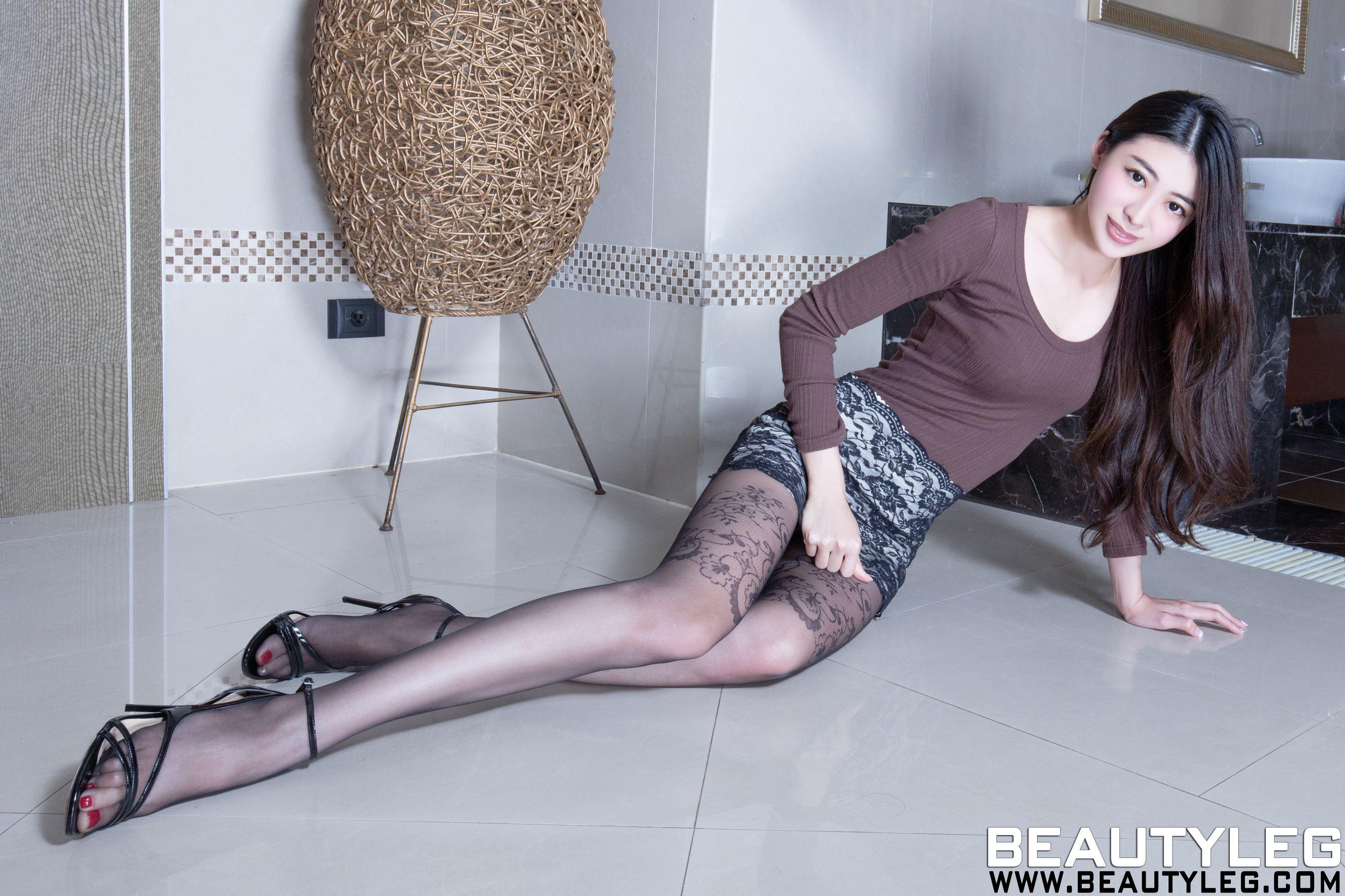 VOL.1776 [Beautyleg]美腿:蔡茵茵(腿模Flora)高品质写真套图(39P)