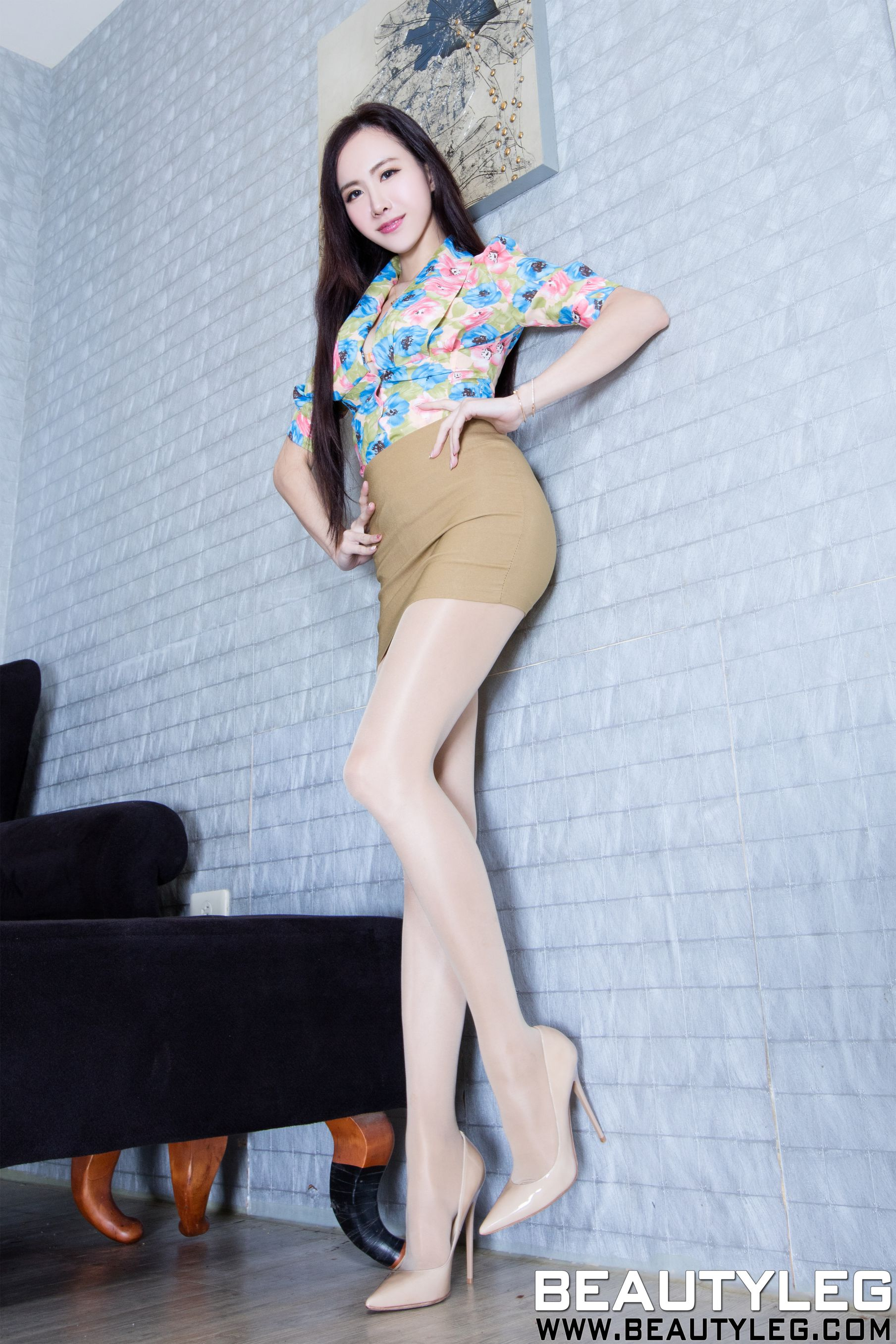 VOL.1872 [Beautyleg]肉丝袜高跟美腿:曾妍希(腿模Dora)高品质写真套图(42P)