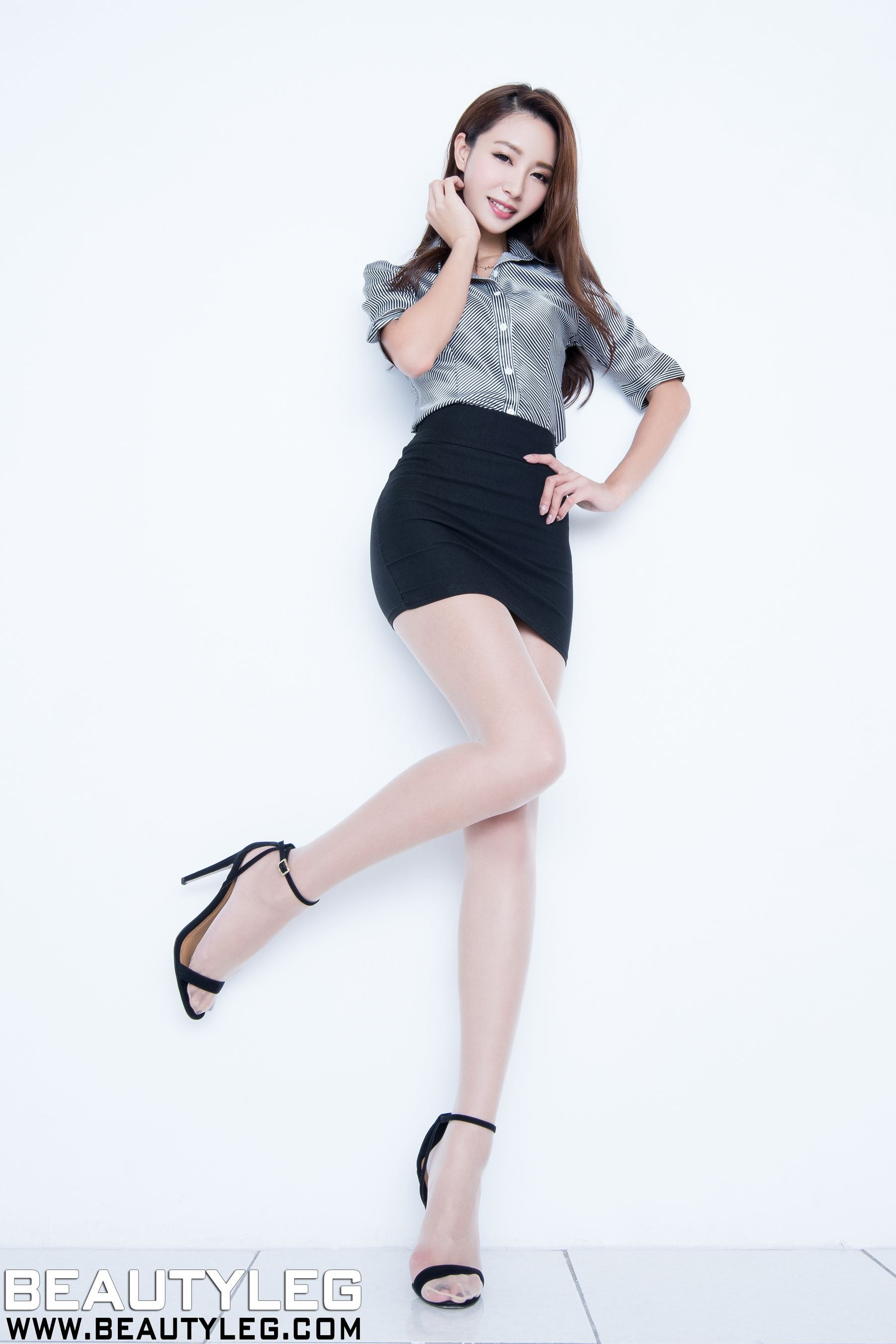 VOL.1720 [Beautyleg]美腿:江雨恩(腿模Emma,Emma玛儿)高品质写真套图(40P)