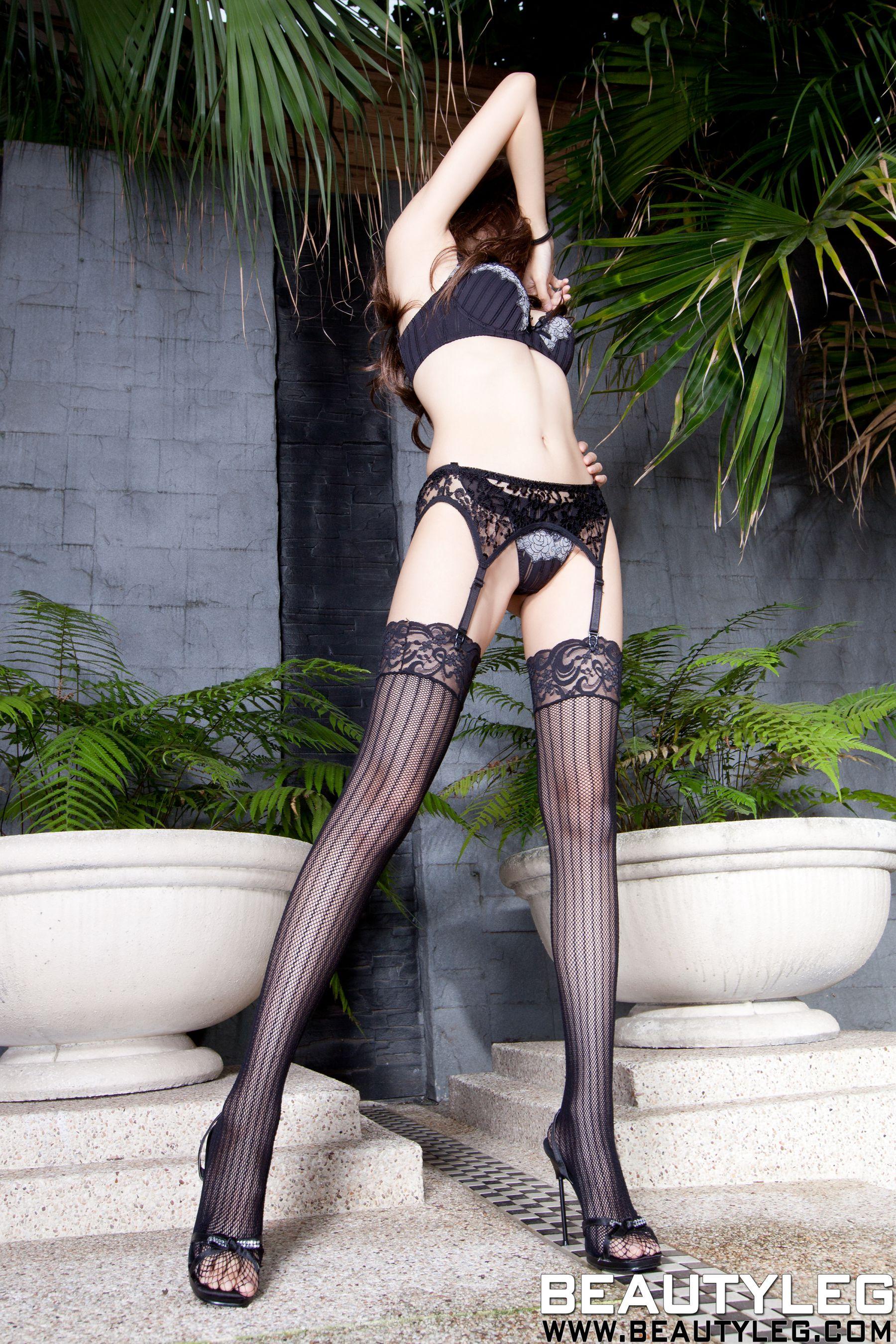 VOL.1819 [Beautyleg]美腿吊带丝袜:腿模Linda高品质写真套图(71P)