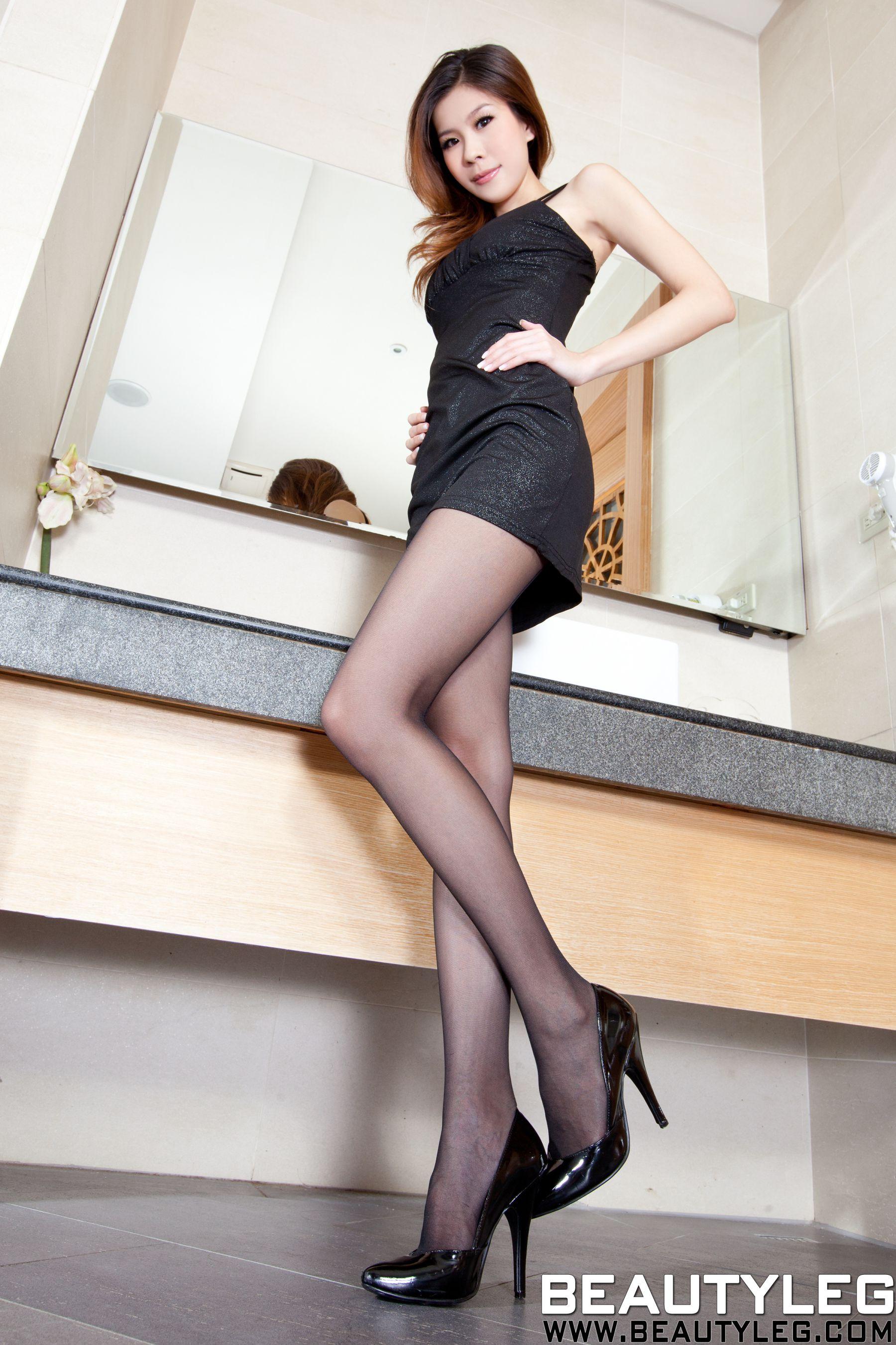 VOL.1218 [Beautyleg]美腿黑丝:腿模Sarah高品质写真套图(68P)