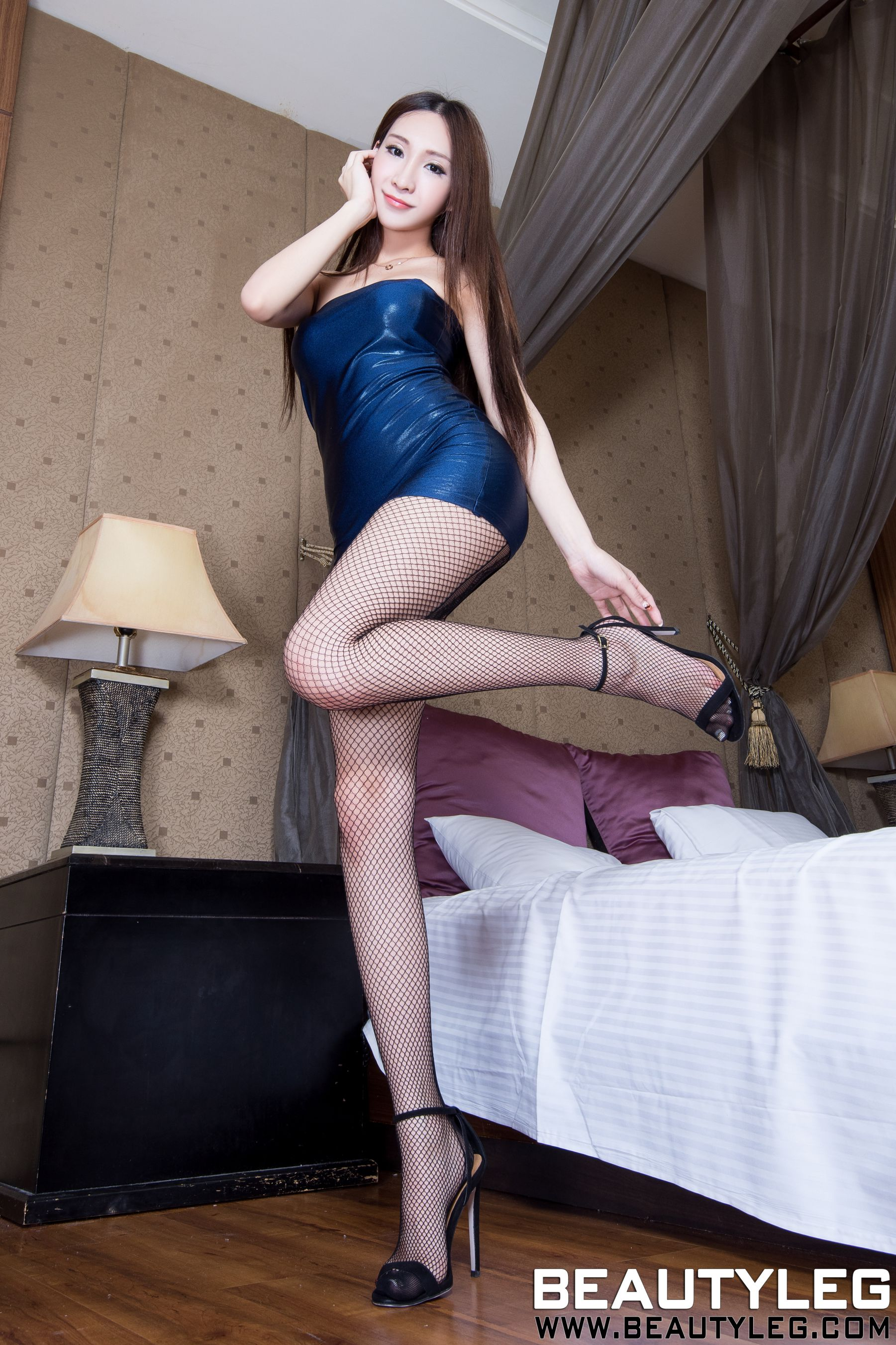 VOL.1817 [Beautyleg]美腿:吴美希(腿模Miki)高品质写真套图(66P)