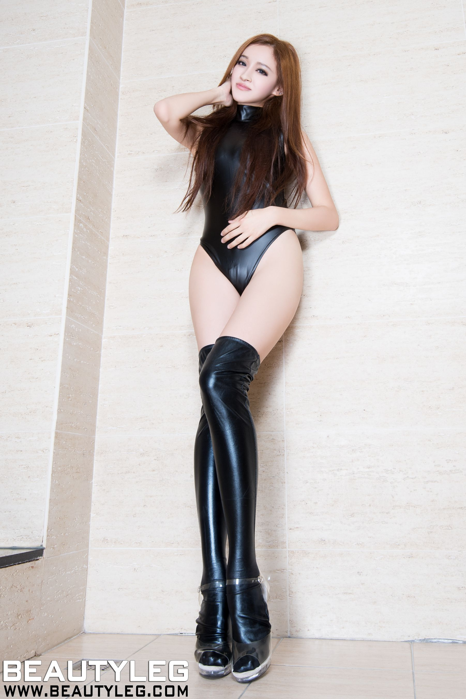 VOL.735 [Beautyleg]美腿情趣皮衣美女:詹艾葳(腿模Avril,腿模Arvil)高品质写真套图(66P)