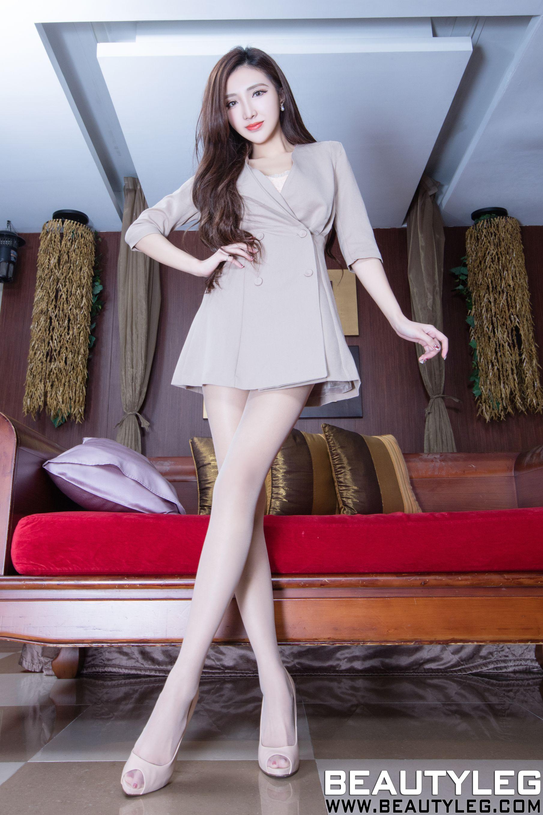 VOL.785 [Beautyleg]肉丝袜高跟美腿:赵芸(腿模Syuan,Syuan赵芸)高品质写真套图(49P)