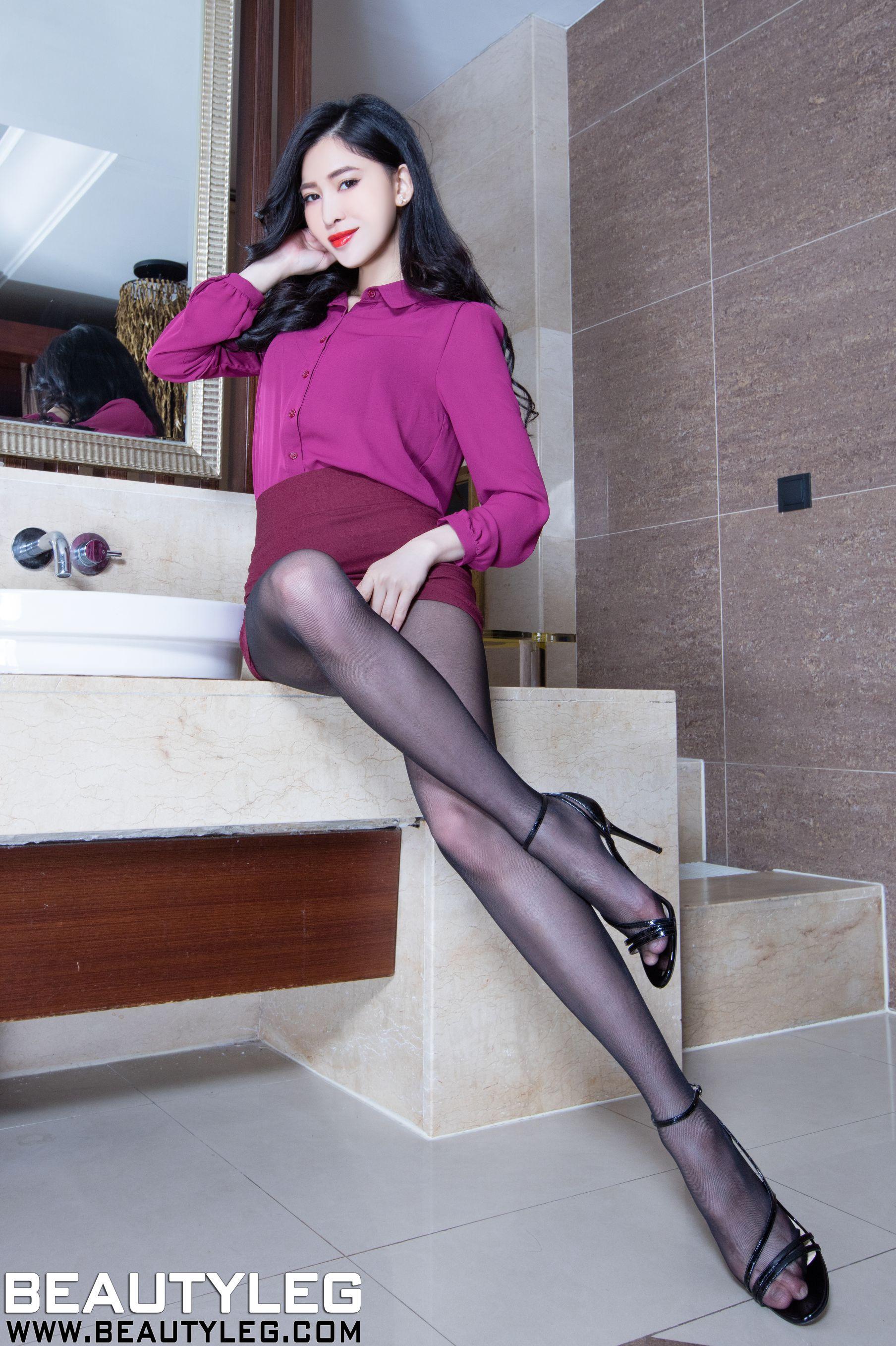 VOL.829 [Beautyleg]丝袜美腿黑丝:林昱(腿模Lynn)高品质写真套图(44P)